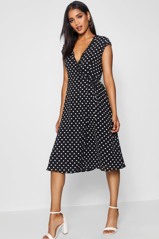 97f9fcc927cb Boohoo Polka Dot And Ruffle Wrap Midi Dress in Black - Lyst