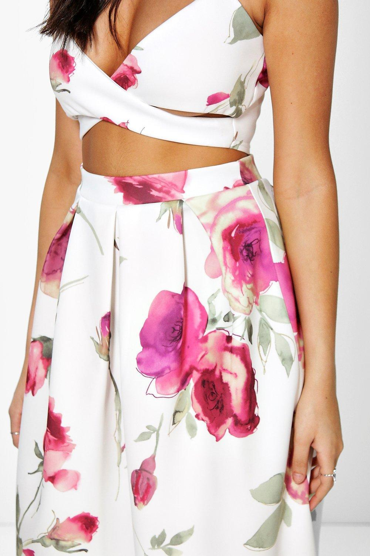 a05dafc1498c Boohoo Floral Print Bralet & Midi Skirt Co-ord Set - Lyst