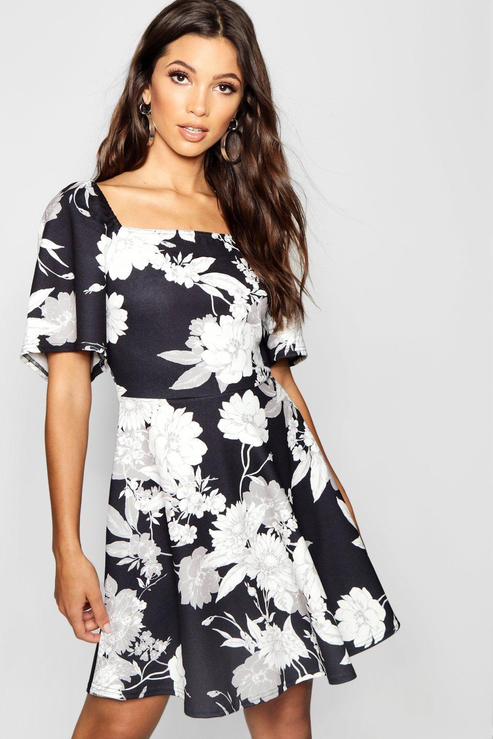 8972c666379a3 Boohoo Floral Volume Sleeve Square Neck Skater Dress in Black - Lyst