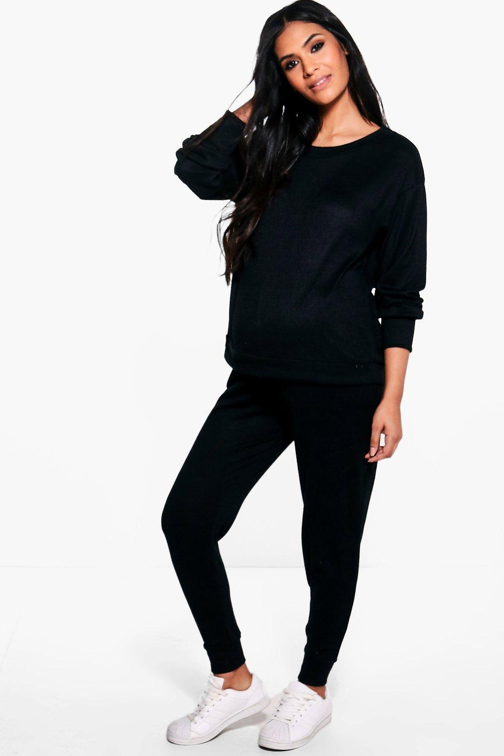 Boohoo Maternity Lucy Lounge Sweat & Jogger Set in Black ...