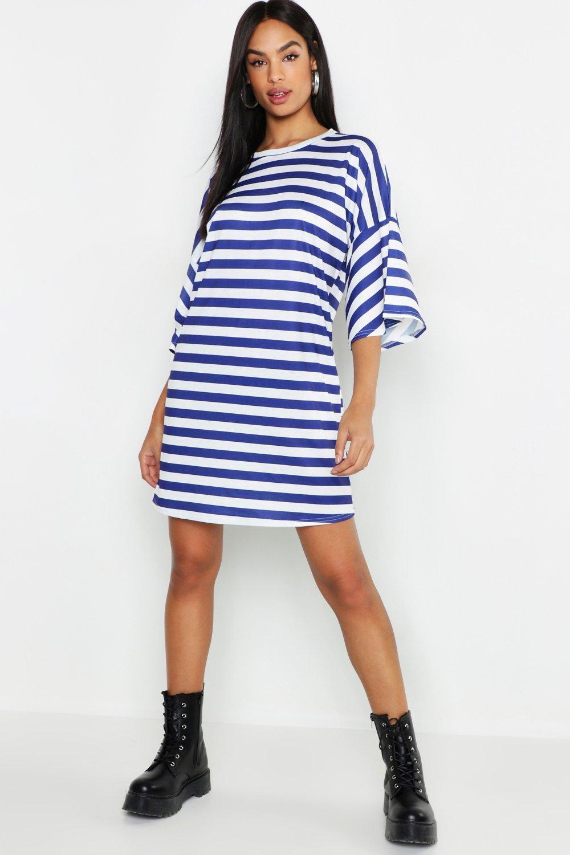 a331f3f0a5d0 Boohoo Tall Stripe T-shirt Dress in Blue - Lyst