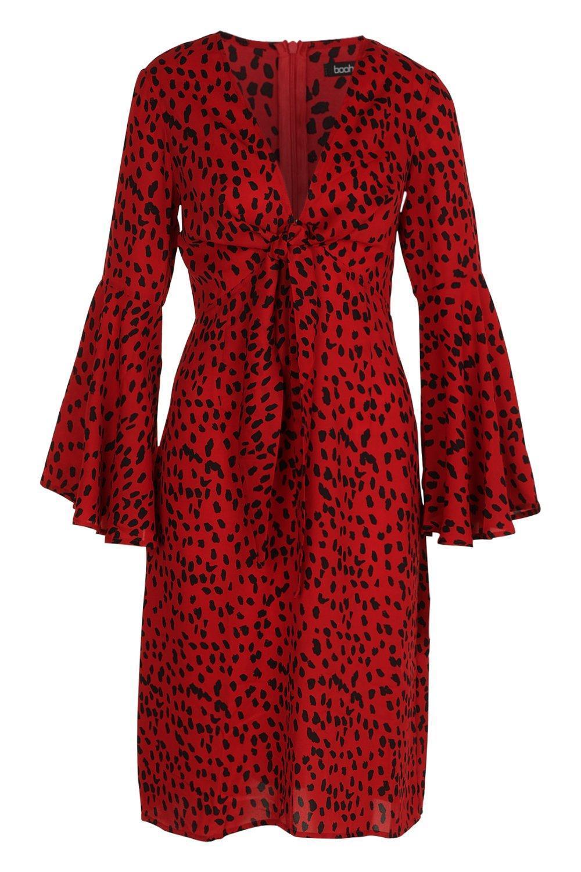 7d65c5d7807f Boohoo - Red Knot Front Cheetah Print Midi Dress - Lyst. View fullscreen