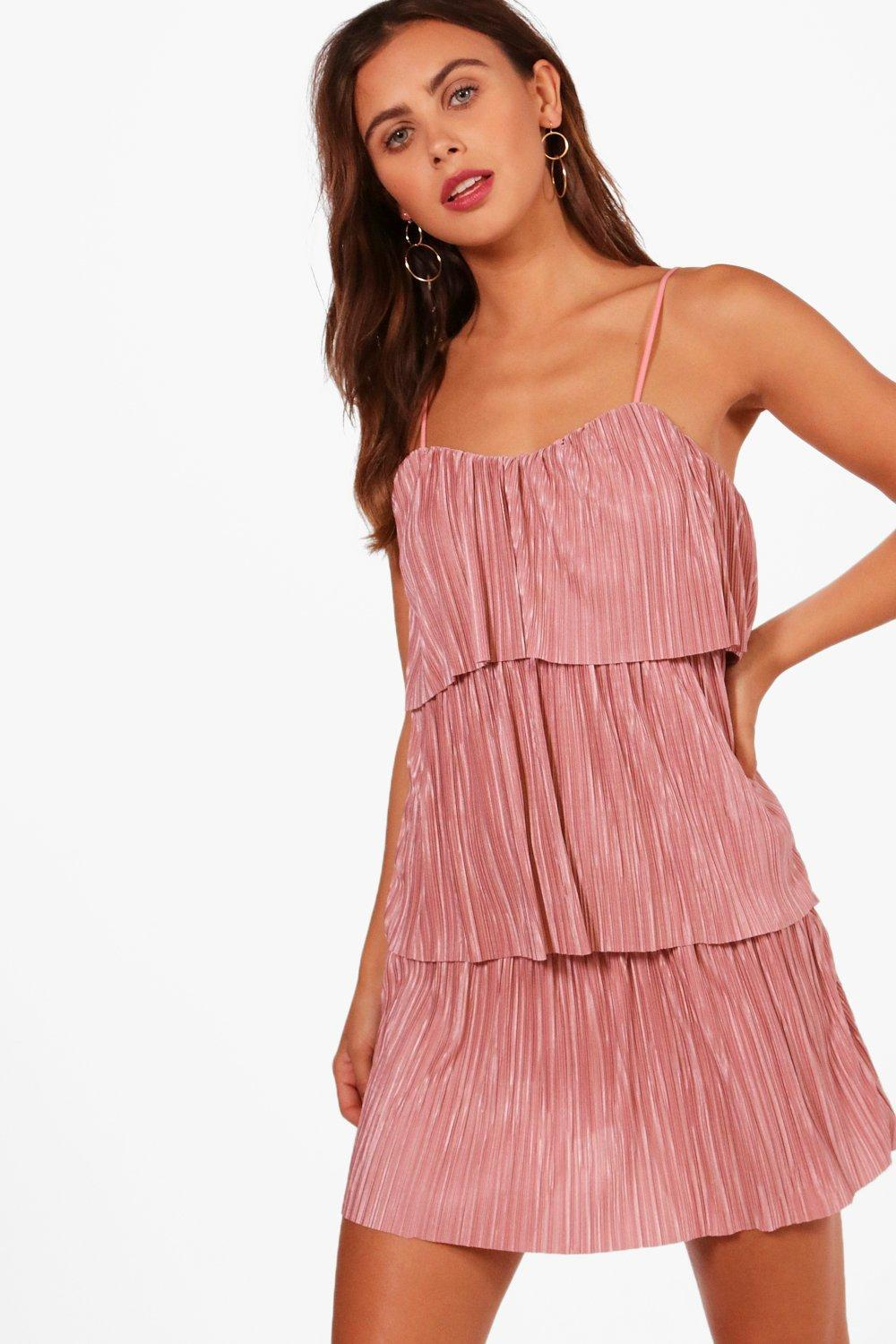 ac3dacd95fb7 Boohoo Petite Fiona Tiered Pleated Dress in Pink - Lyst