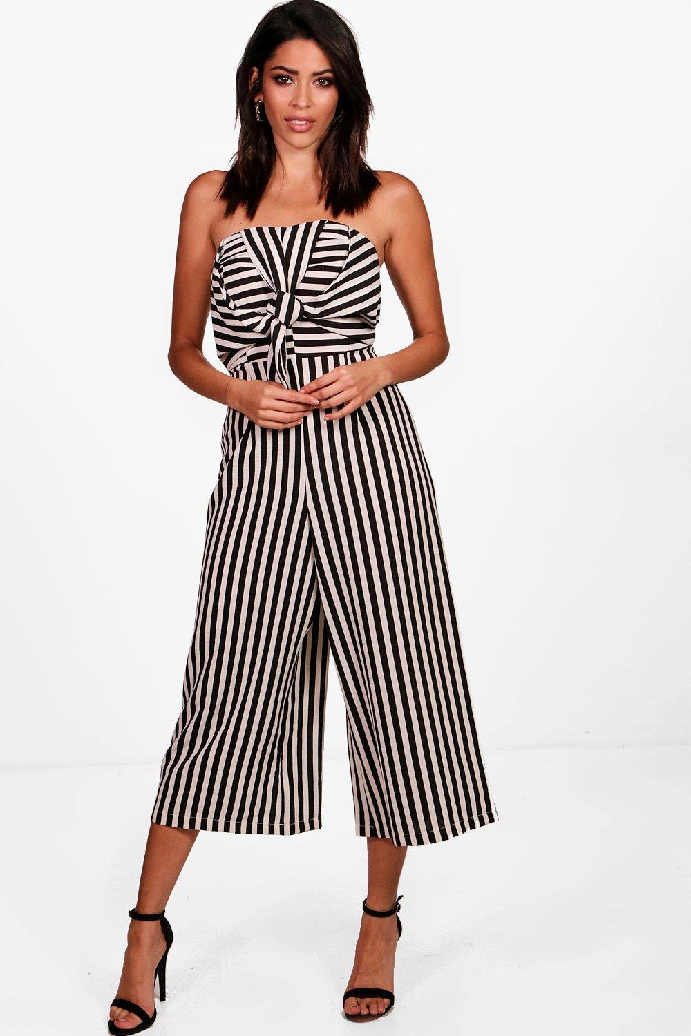 3a8dc5f00066 Lyst - Boohoo Twist Bow Front Culotte Jumpsuit in Black
