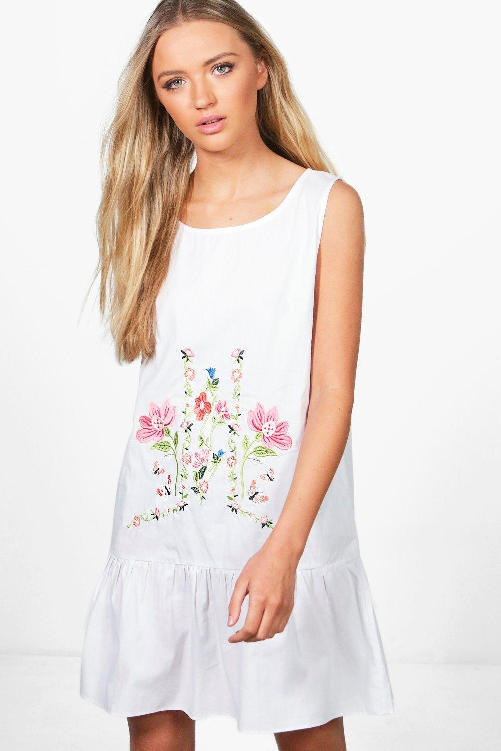 179c26b39e6e1 Boohoo Emilie Embroidered Smock Dress in White - Lyst
