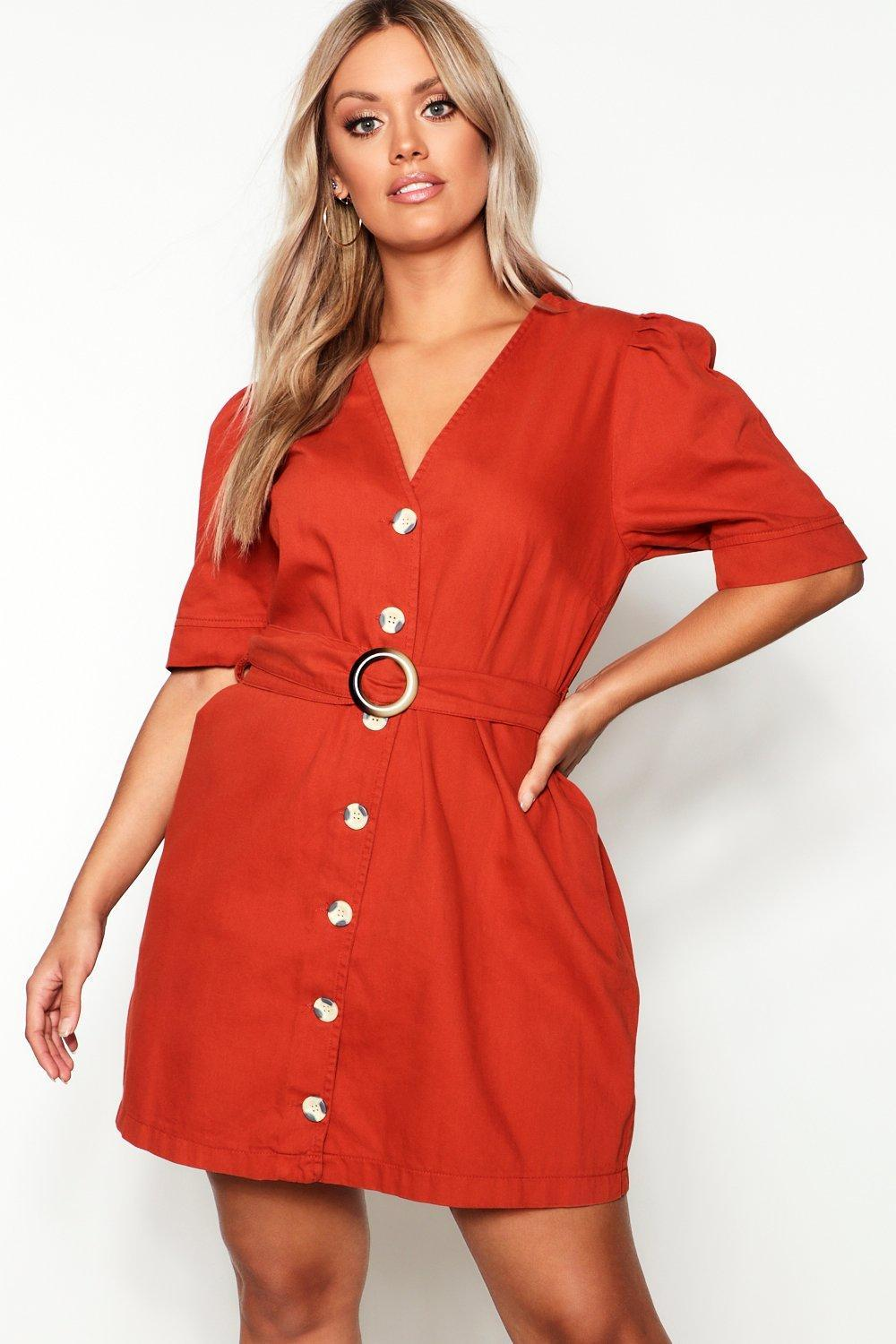 a7b3bdf123a1 Boohoo Plus Horn Buckle Button Down Denim Dress in Red - Lyst