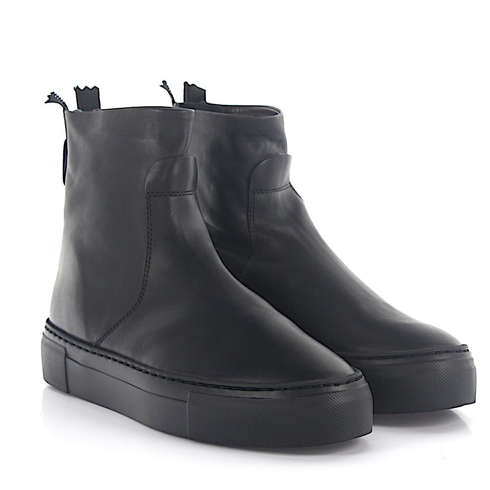 Boots calfskin smooth leather black Attilio Giusti Leombruni DPY5Ja3