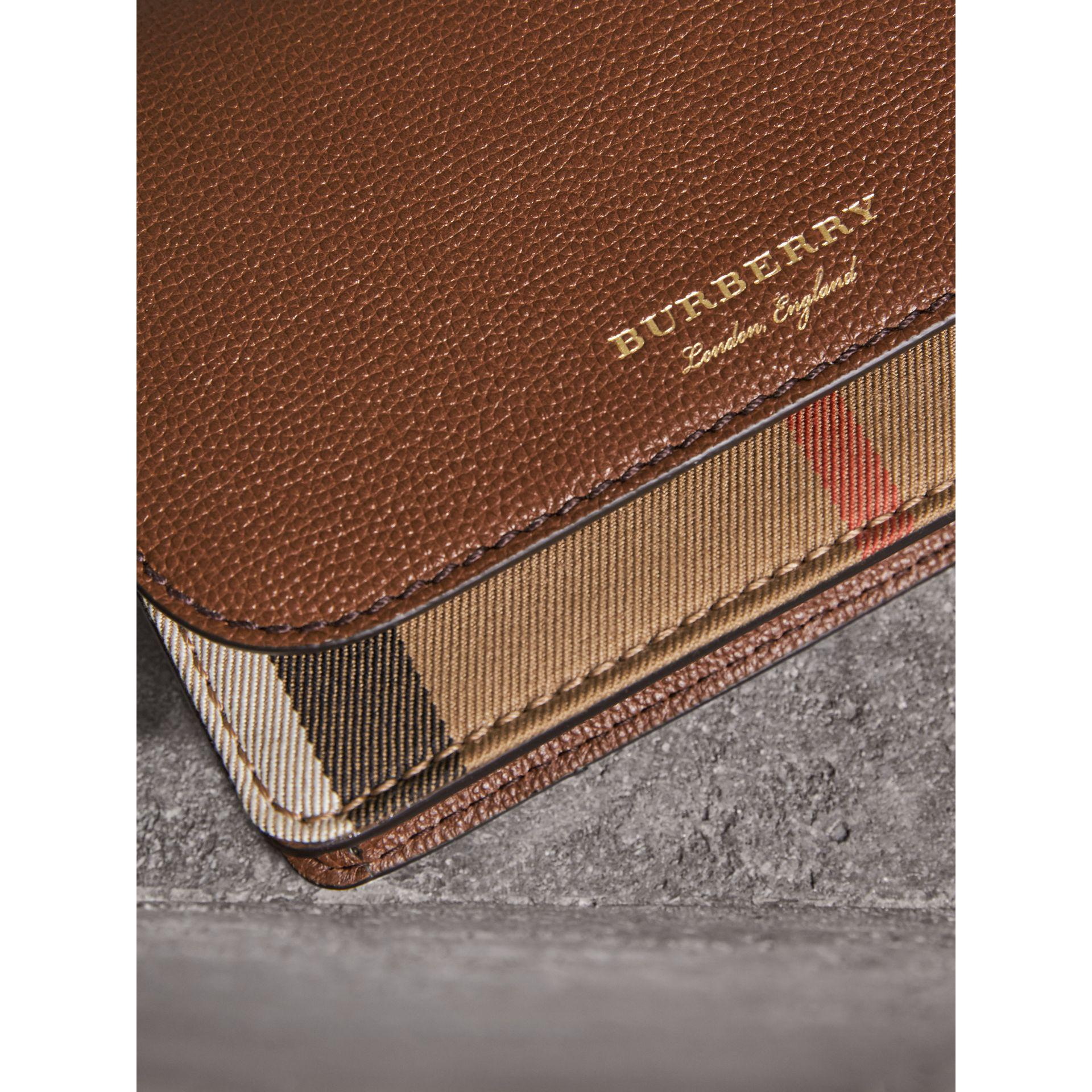 d5471d69868a Lyst - Burberry Leather And House Check Wallet With Detachable Strap
