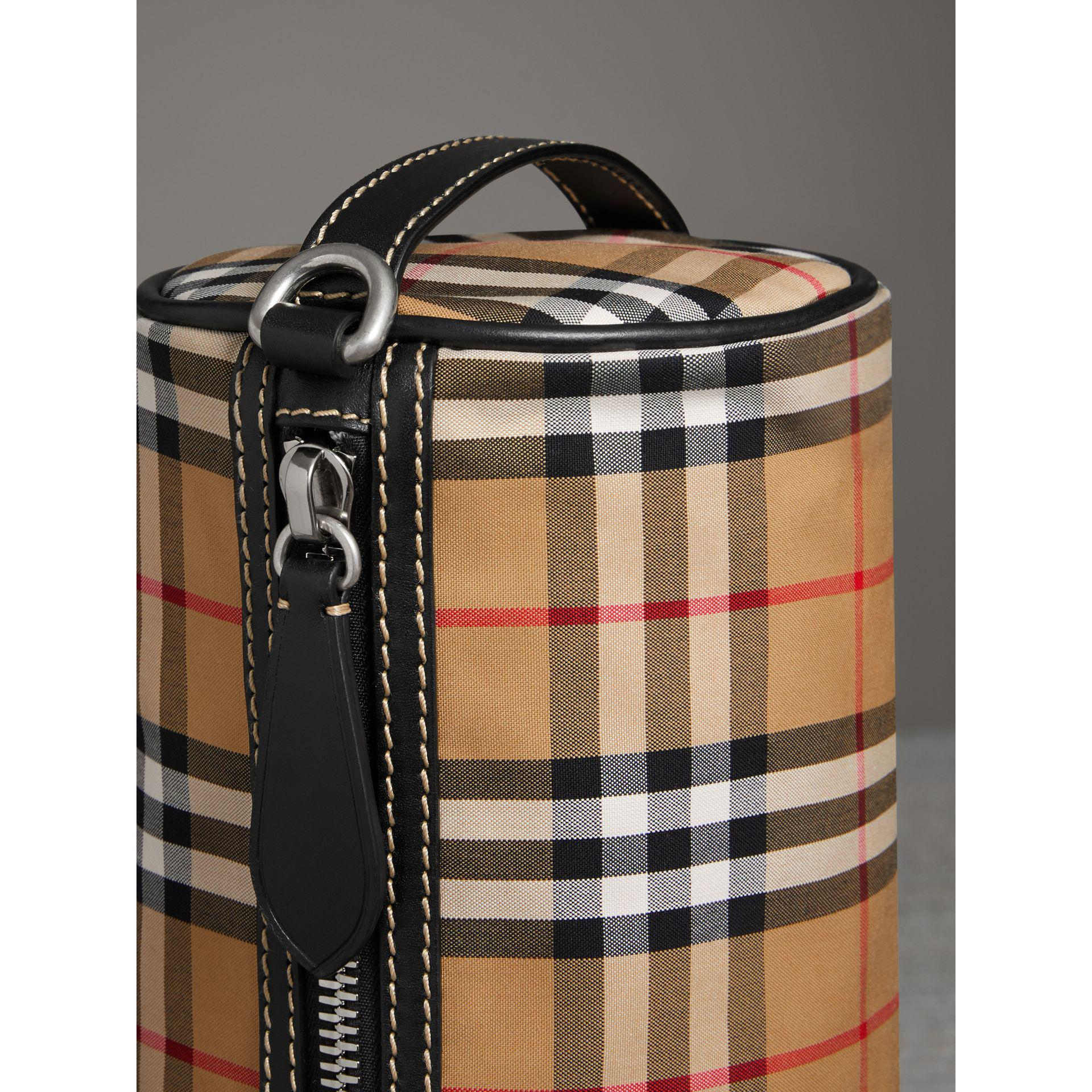 d0a74e2f459e Burberry The Small Vintage Check And Leather Barrel Bag - Lyst