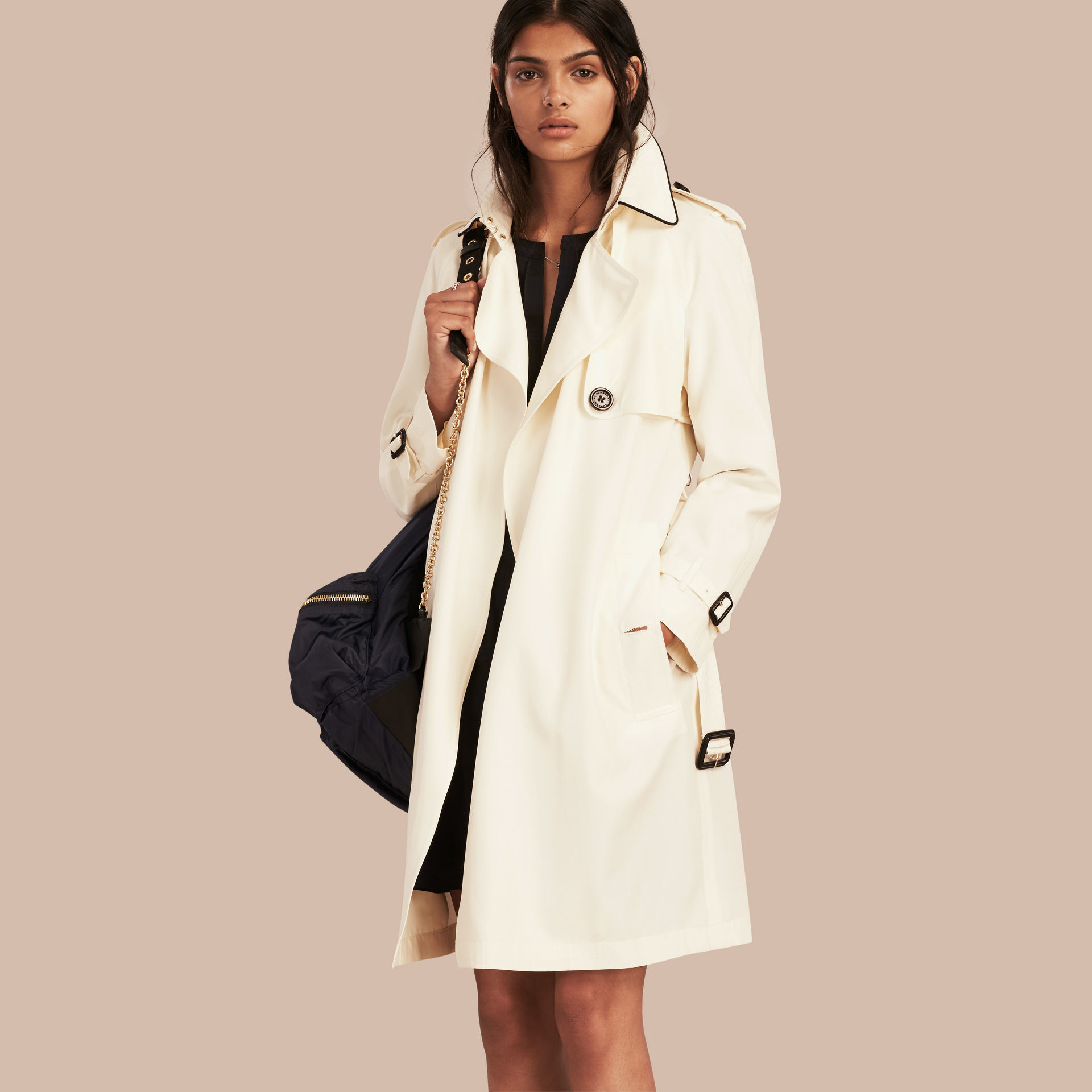 cdda13e2fe4 Burberry Oversize Detail Silk Trench Coat Parchment in Blue - Lyst