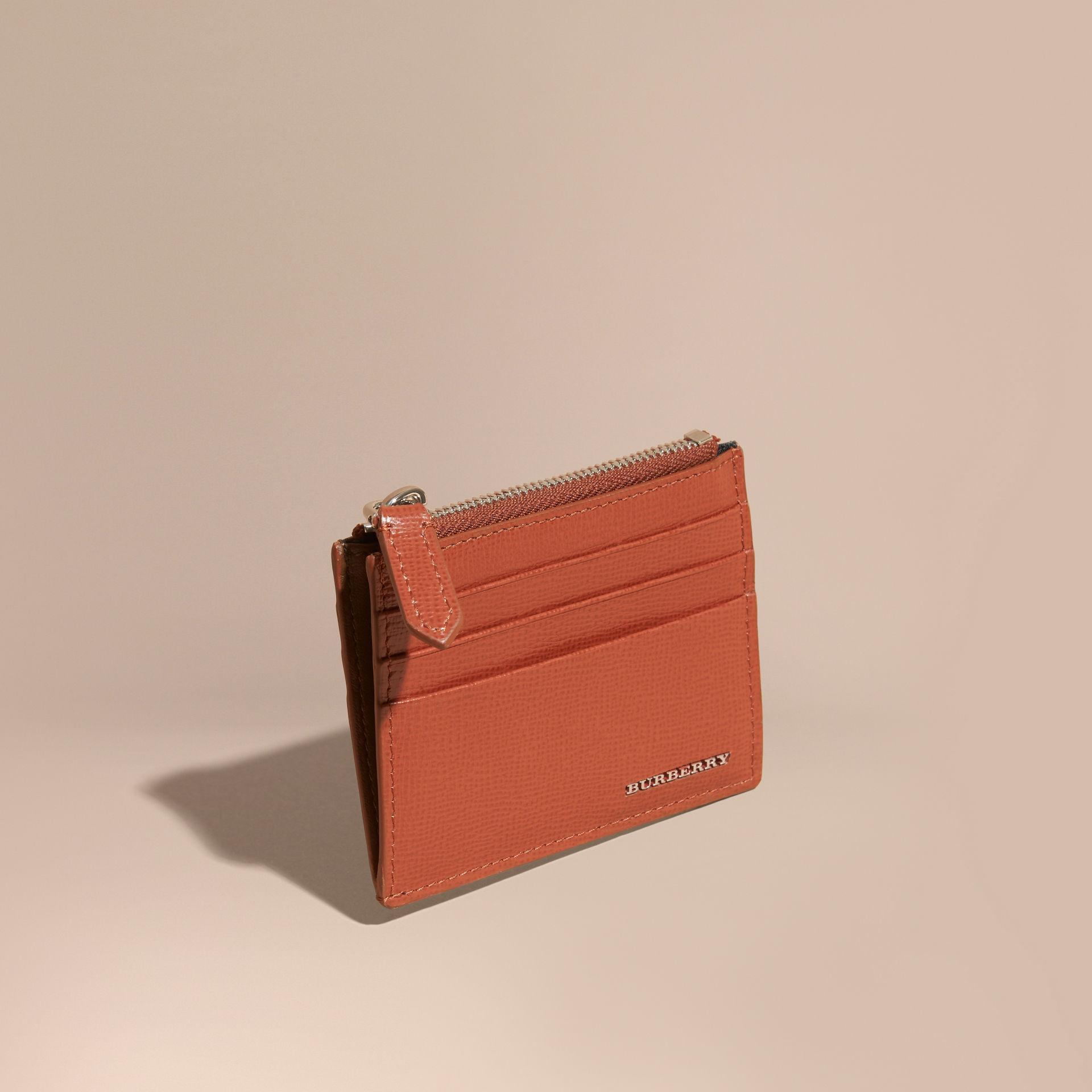 168e95bb118 Lyst - Burberry London Leather Zip-top Card Case Burnt Sienna
