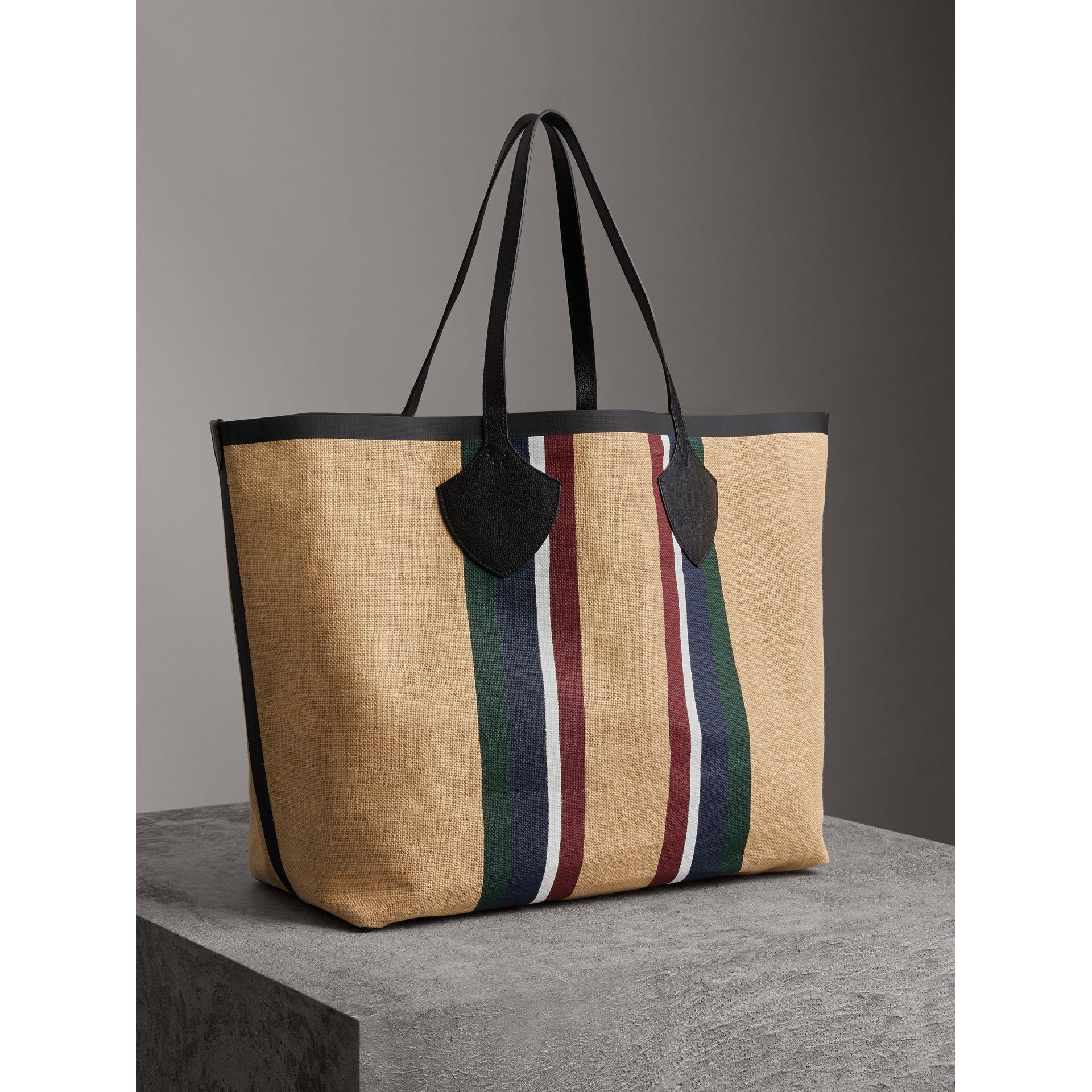 6dde5339a651 Lyst - Burberry The Giant Tote In Striped Jute in Black