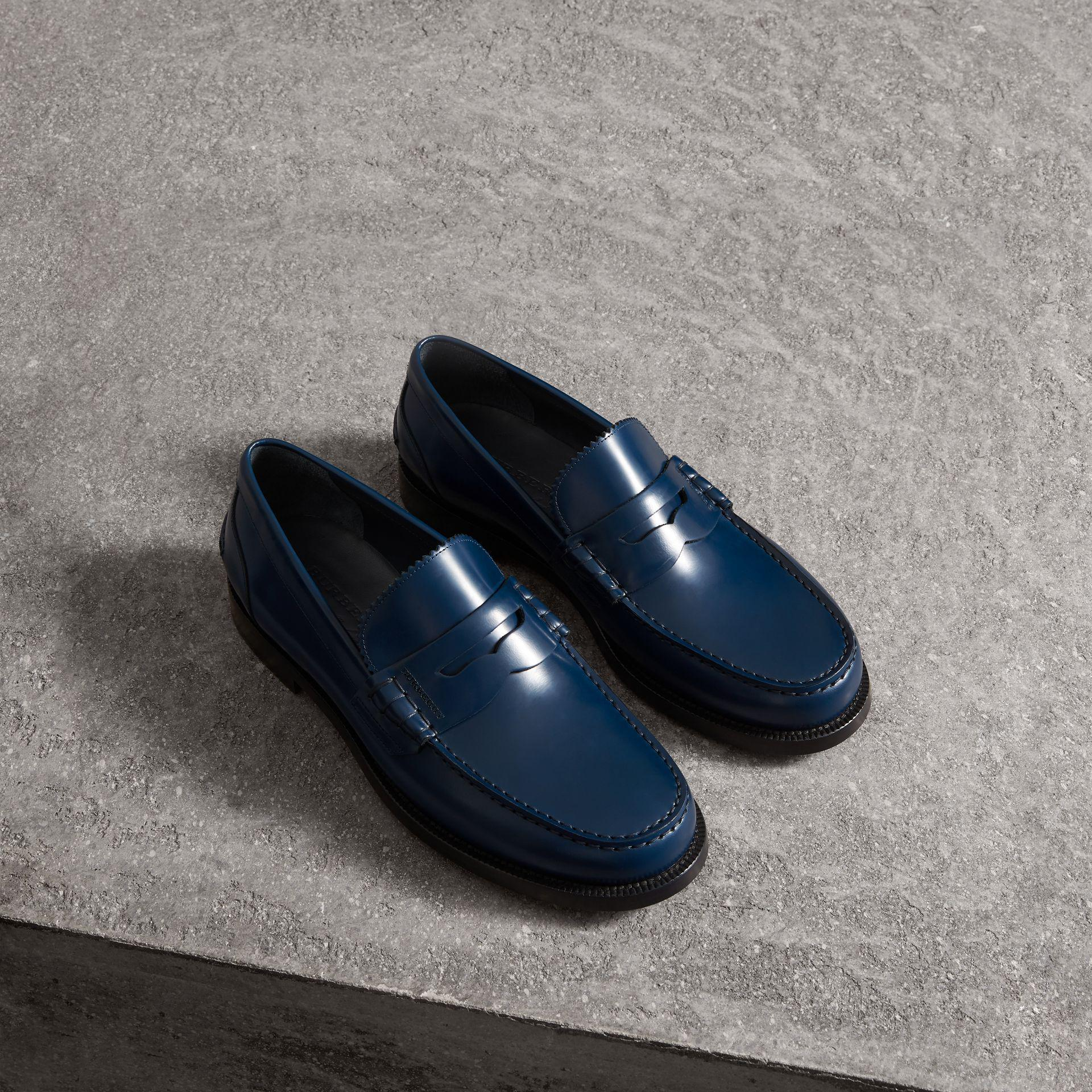 19544161176 Burberry Kiltie Fringe Leather Loafers in Blue for Men - Lyst