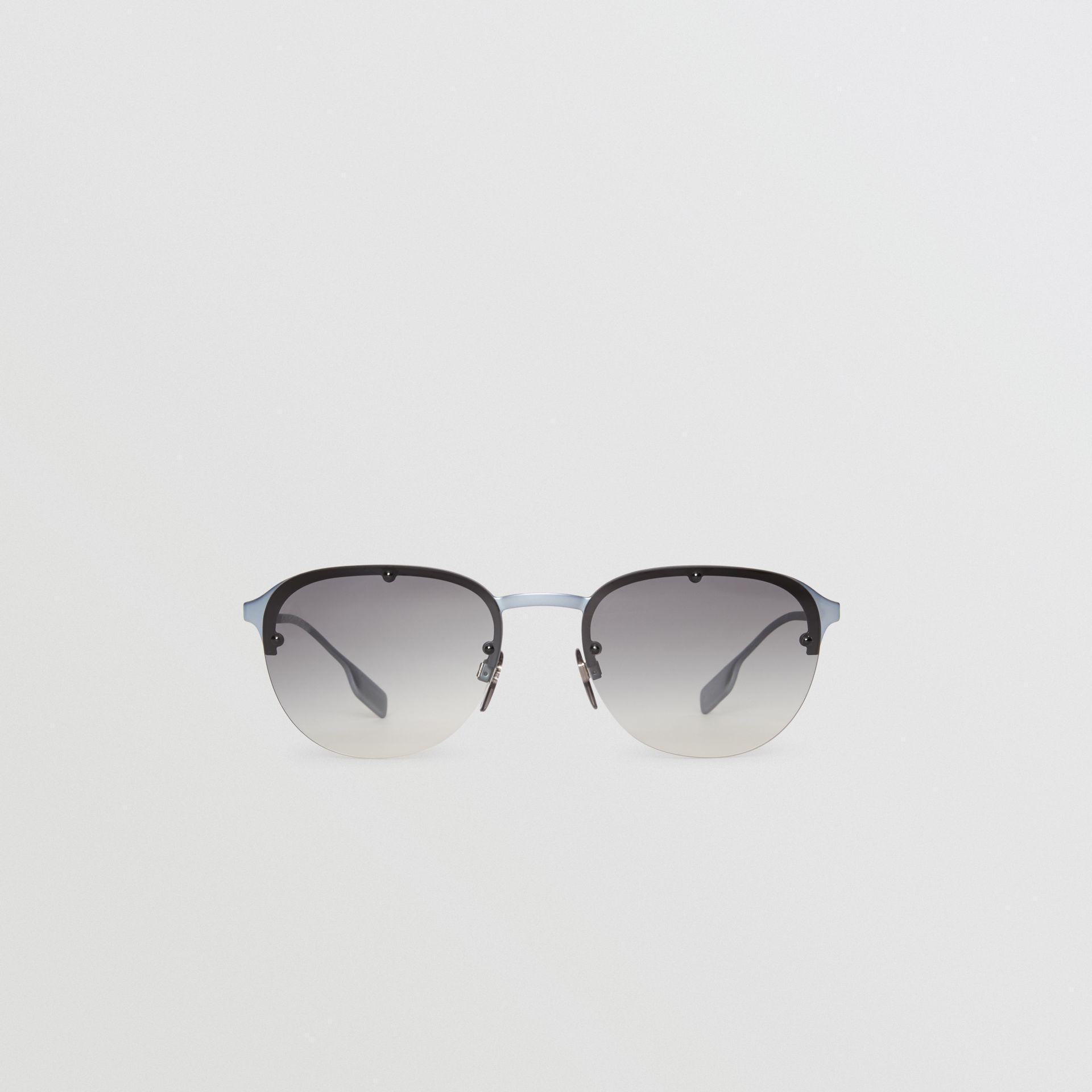 0b901031b68 Burberry Round Frame Sunglasses in Gray for Men - Lyst