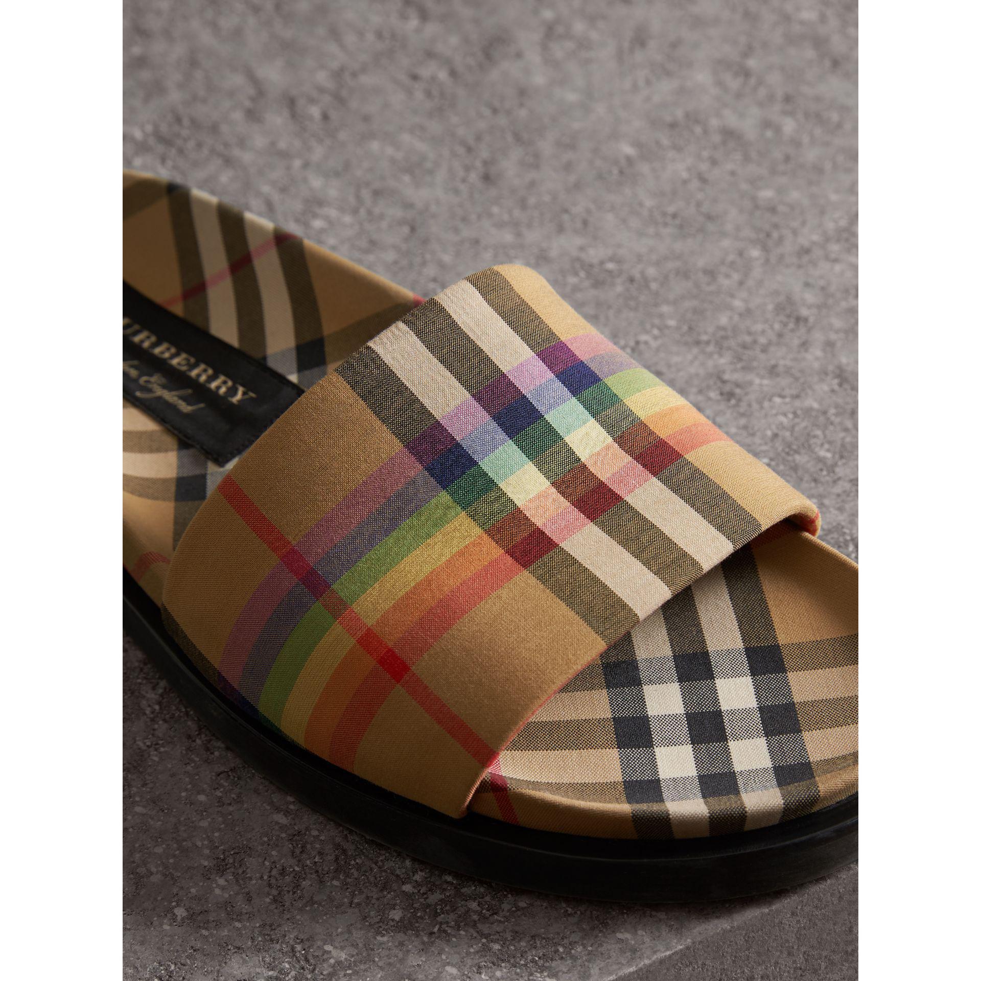38878e915 Burberry Rainbow Vintage Check Slides for Men - Lyst