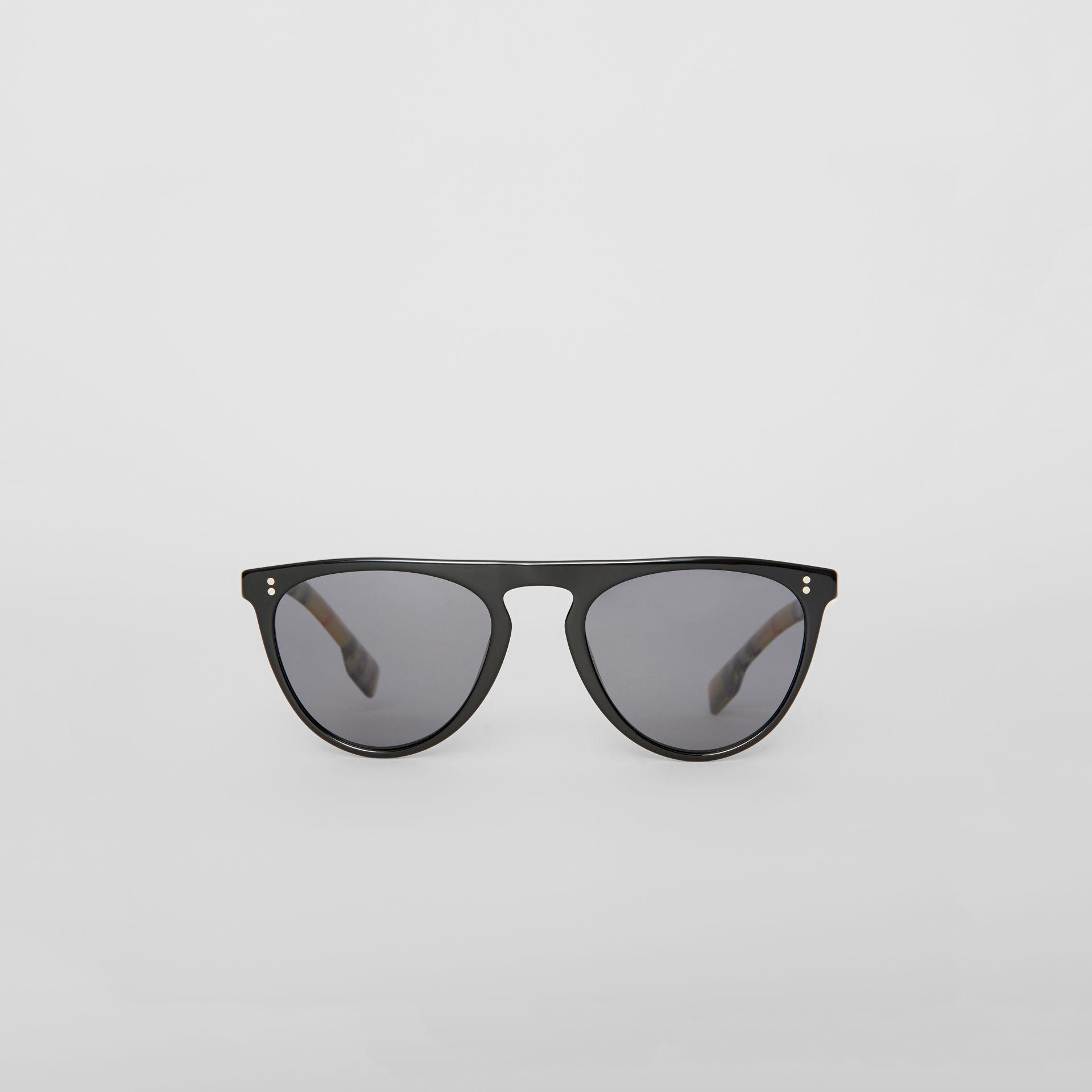 bc3d915c4dc1 Burberry Vintage Check Detail Keyhole D-shaped Sunglasses in Black ...