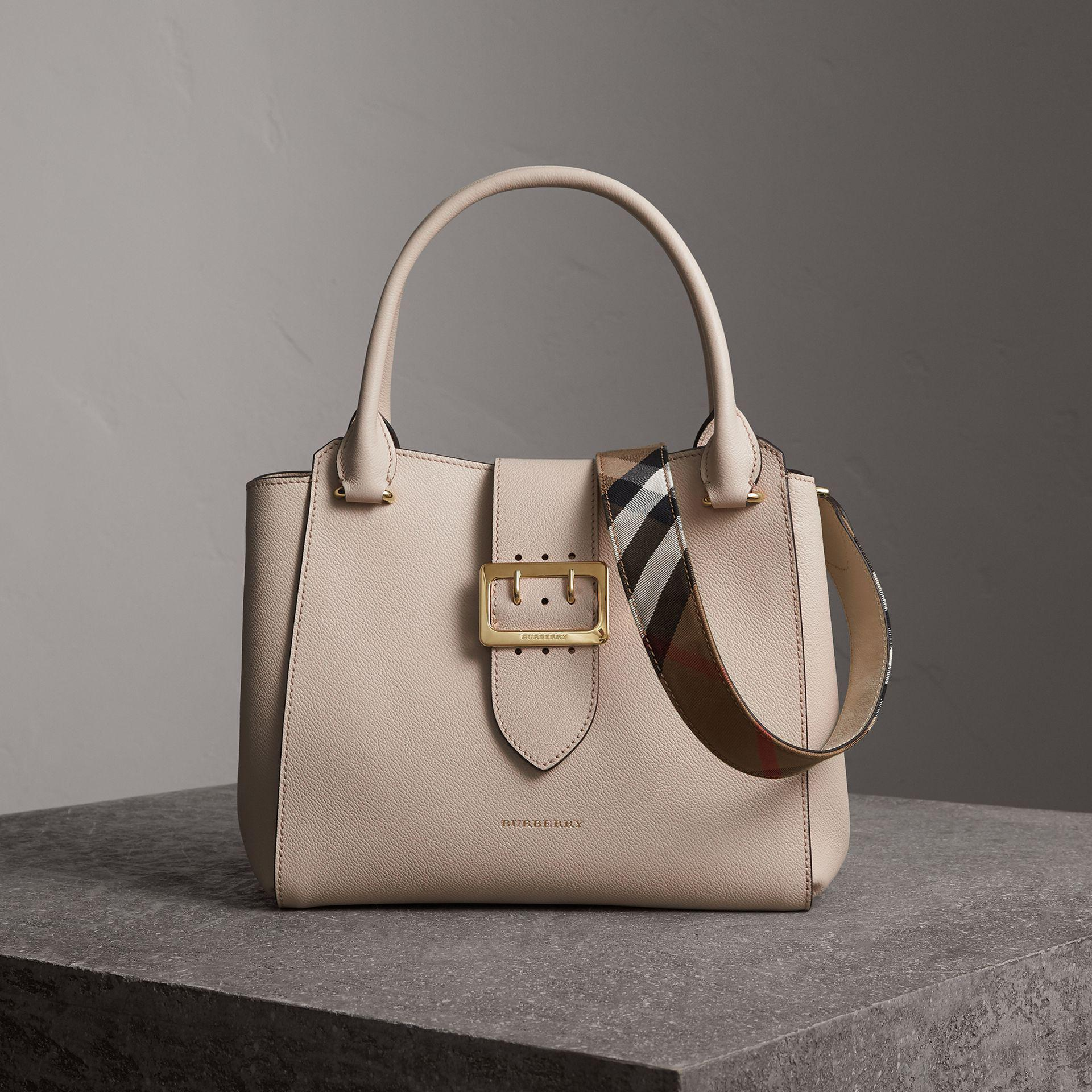 1d7f5879fb0b Lyst - Burberry The Medium Buckle Tote In Grainy Leather Limestone