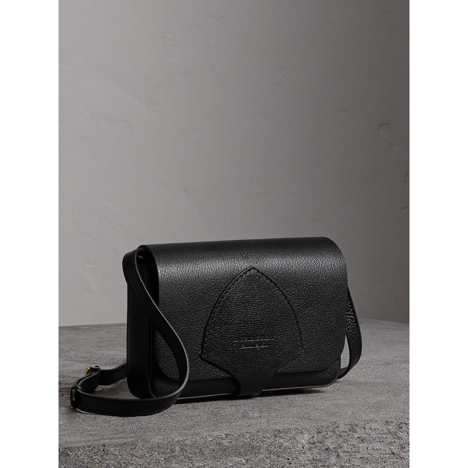 Burberry Equestrian Shield Leather Wallet with Detachable Strap Release Dates Sale Online Q1Mvlojl
