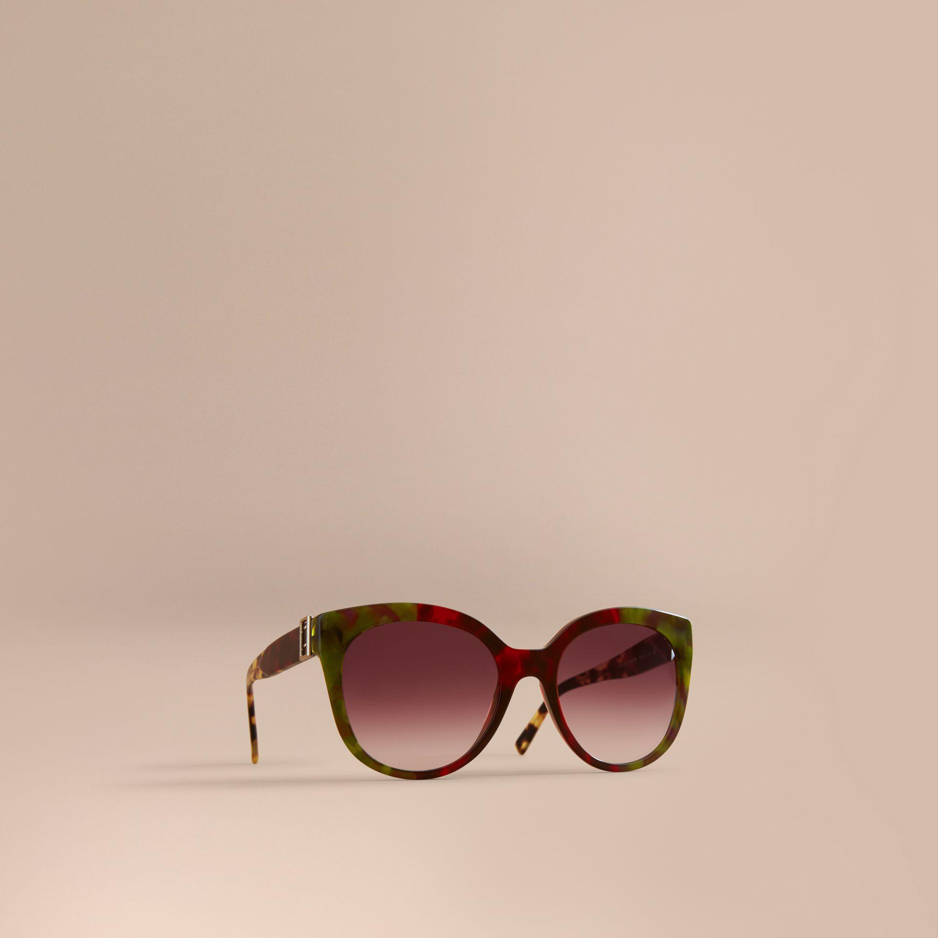 c736b6f087d Burberry Buckle Detail Cat-eye Frame Sunglasses In Cardinal Red