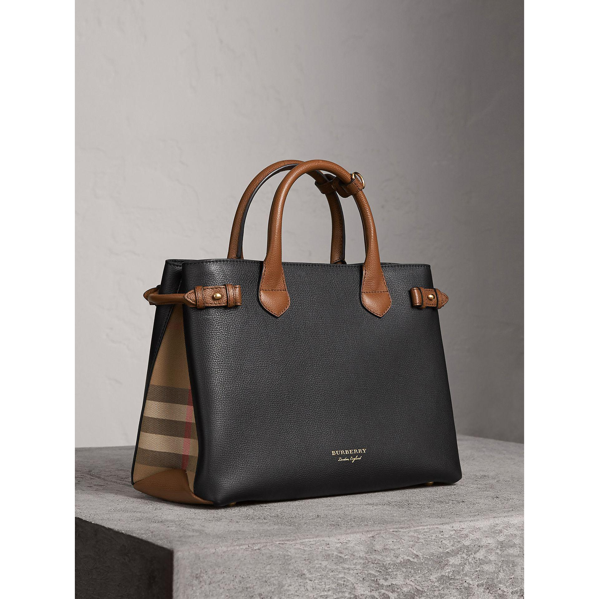 The Medium Banner in Two-tone Leather - Black Burberry Cheap Sale Huge Surprise Deals Latest Discount 2018 New McPBups9tG
