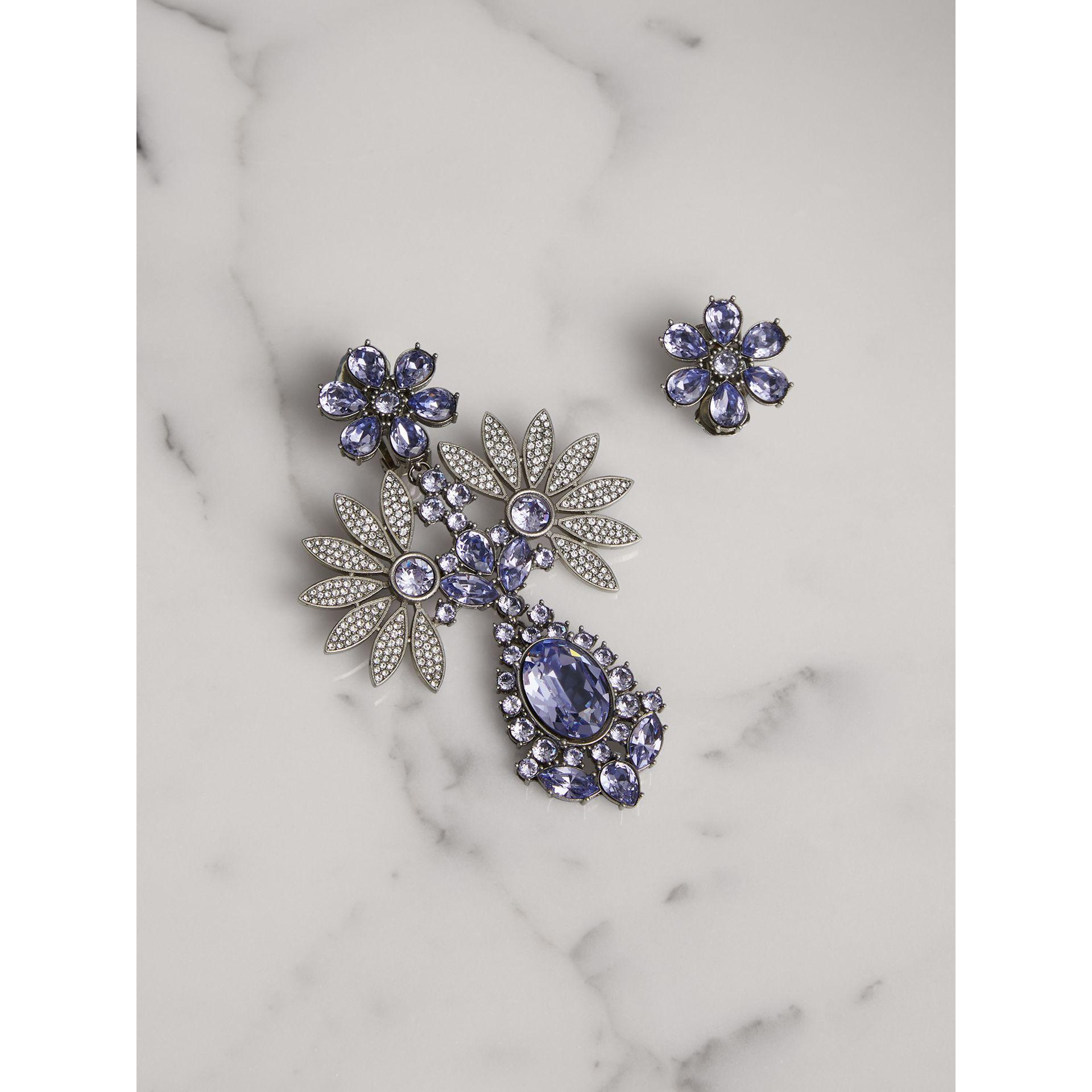 Burberry Sphere drop earrings eycu8r