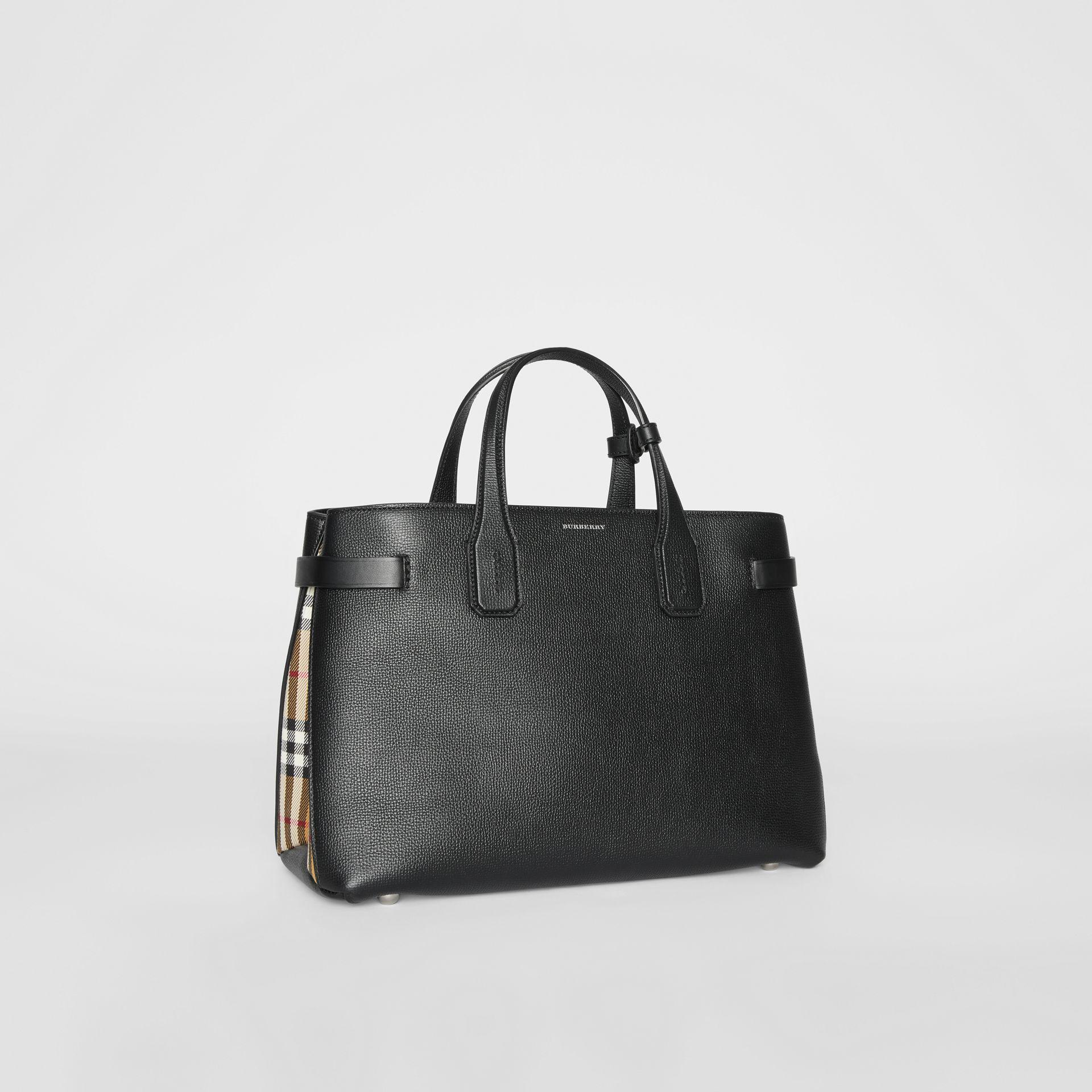 50102021d89b Burberry The Medium Banner In Leather And Vintage Check in Black - Lyst