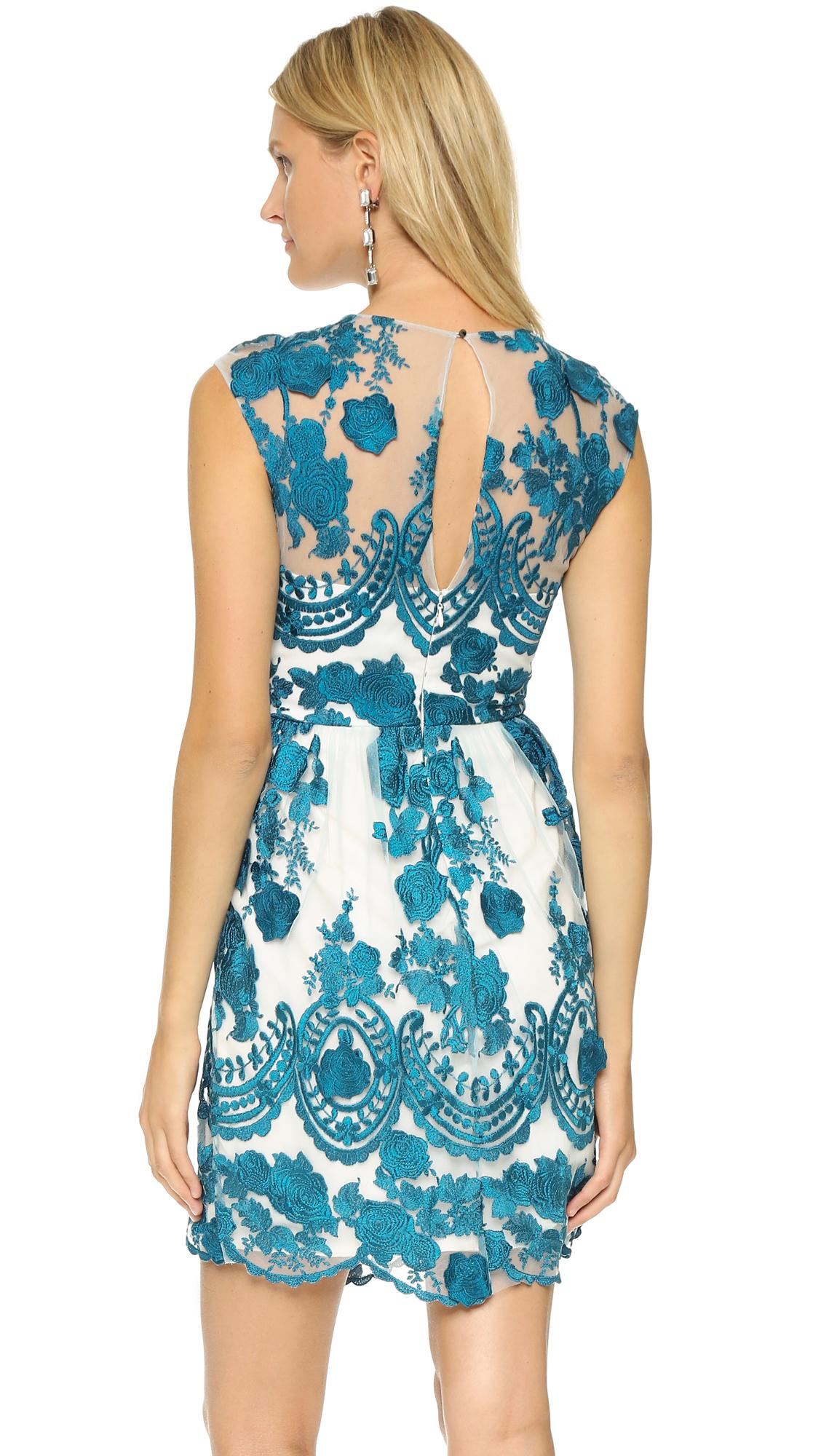 ... Marchesa Notte floral-appliquéd lace gown
