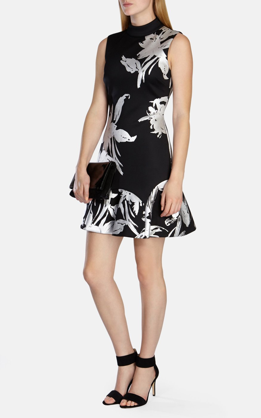 50cd9a7531b Karen Millen Floral-print Scuba Skater Dress in Black - Lyst