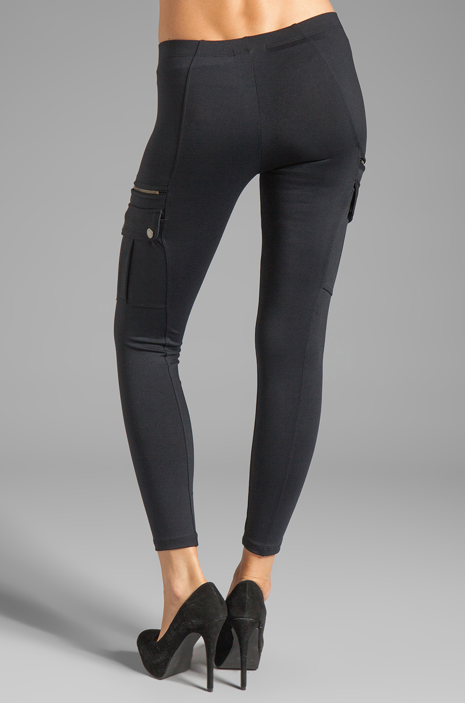 Shop No nonsense Cargo Leggings for a versatile style legging that will take you from work to a night out. Features side cargo pockets and elastic waistband.