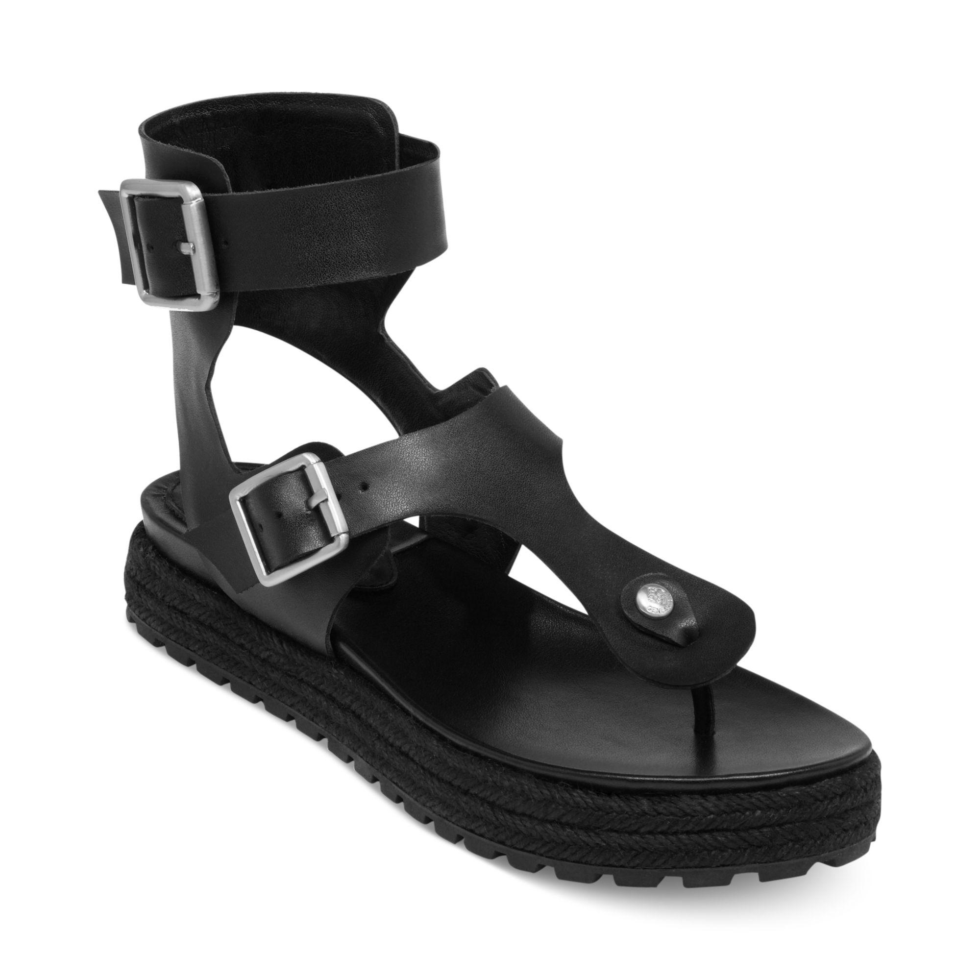 Bcbgeneration Edmund Flatform Thong Sandals In Black Lyst