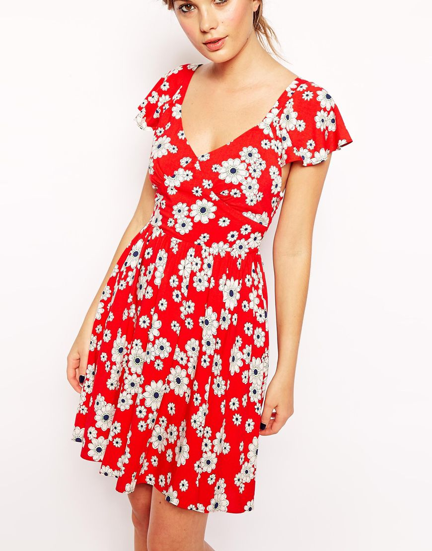 1eedb3c509 ASOS Exclusive Ruffle Sleeve Tie Back Floral Skater Dress in Red - Lyst