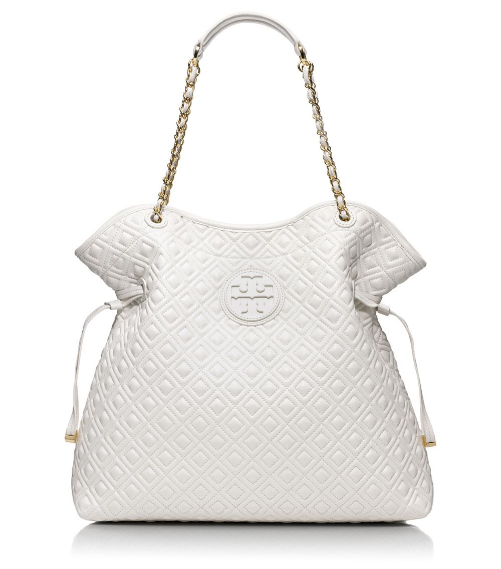 c38e75650fc6 Lyst - Tory Burch Marion Quilted Slouchy Tote in White