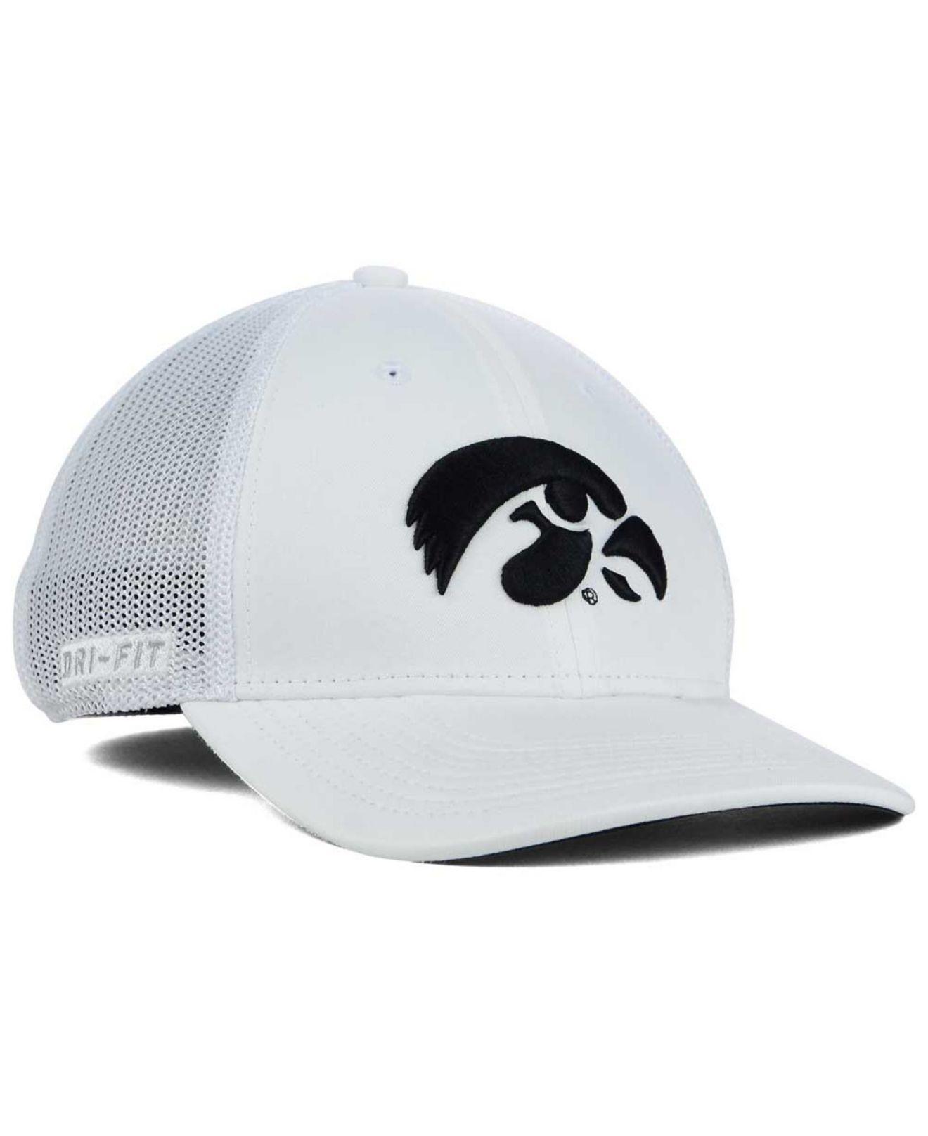 best cheap c38d3 c5e30 Nike Iowa Hawkeyes L91 Mesh Swoosh Flex Cap in White for Men - Lyst