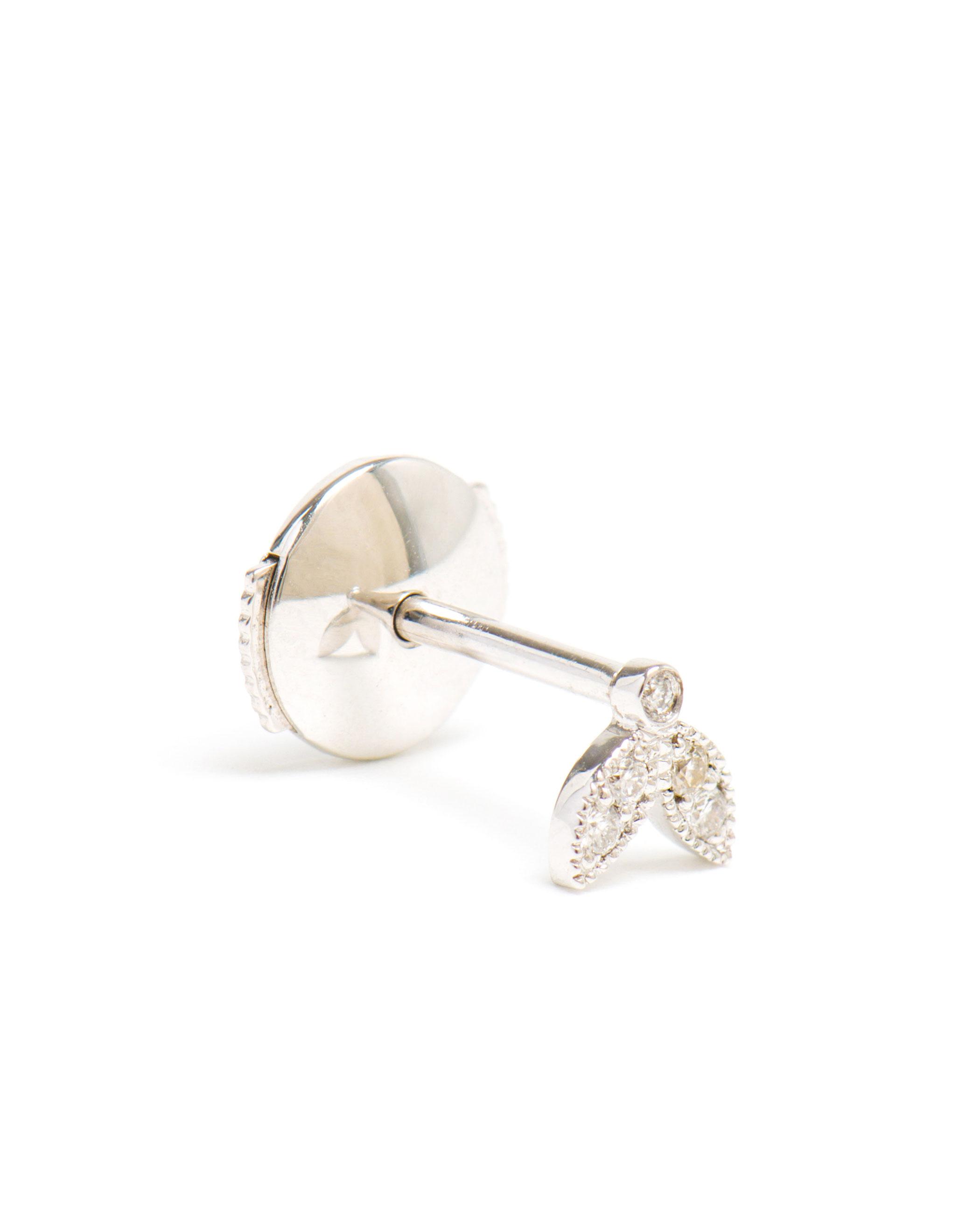 Yvonne Léon 18k white gold and diamond circle earring pbCgVU