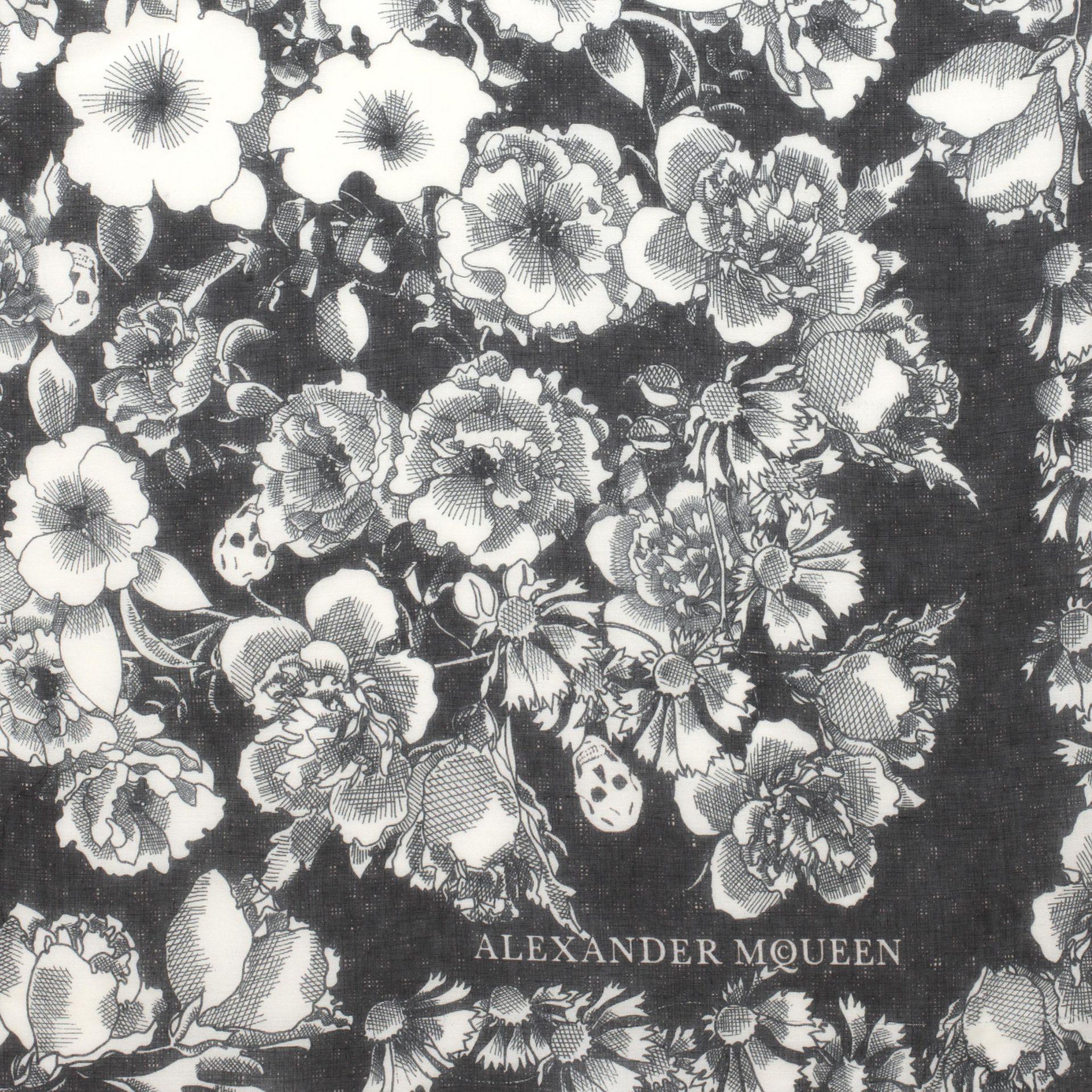 Alexander mcqueen Floral Eaten Logo Scarf in White | Lyst
