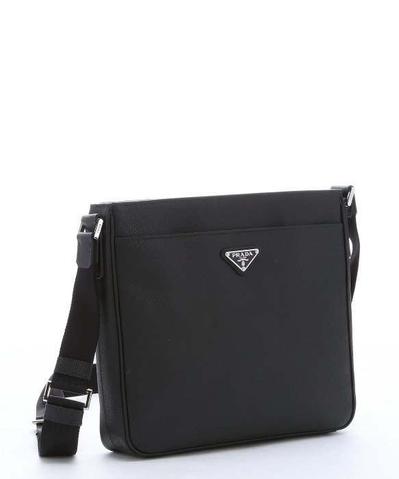 prada saffiano messenger bag