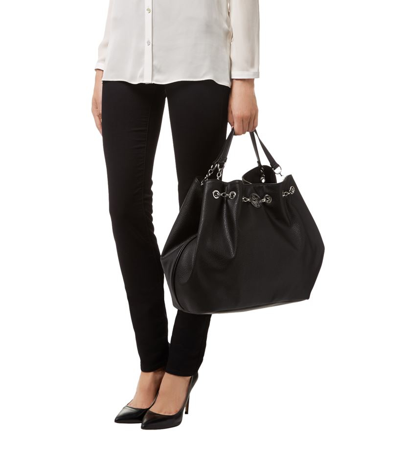 armani jeans chain detail shopper bag in black lyst. Black Bedroom Furniture Sets. Home Design Ideas