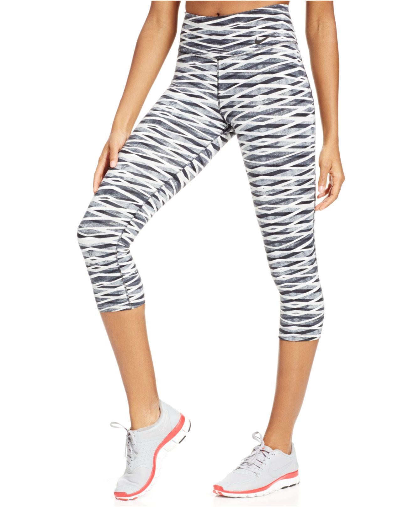 216f1bd40dd38 Nike Legendary Dri-fit Capri Leggings in Black - Lyst