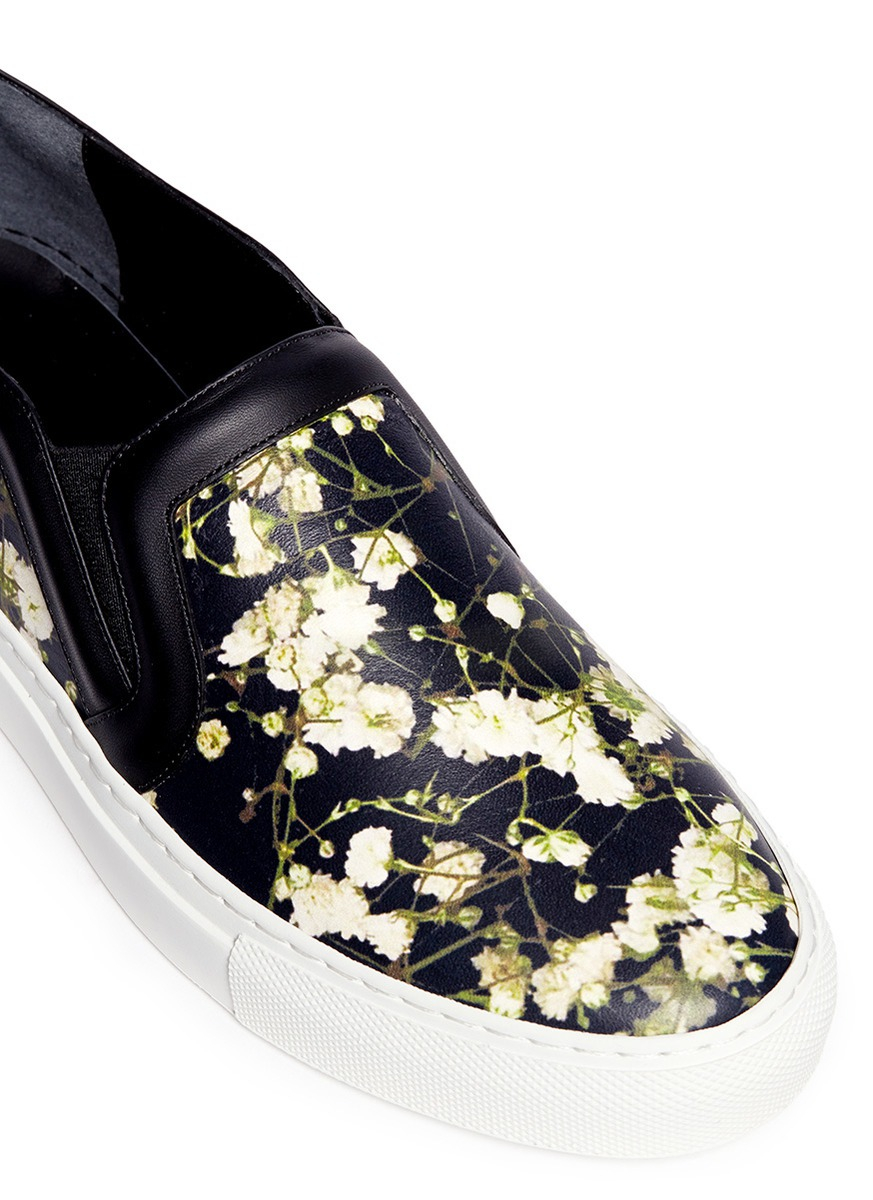 5d3b85cbb1 Givenchy Baby s Breath Floral Print Leather Skate Slip-ons in Black ...