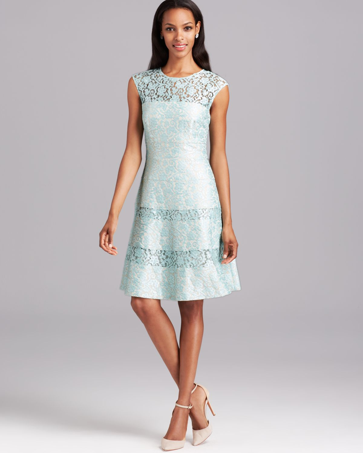 Kay Unger Dress Bonded Lace in Green - Lyst