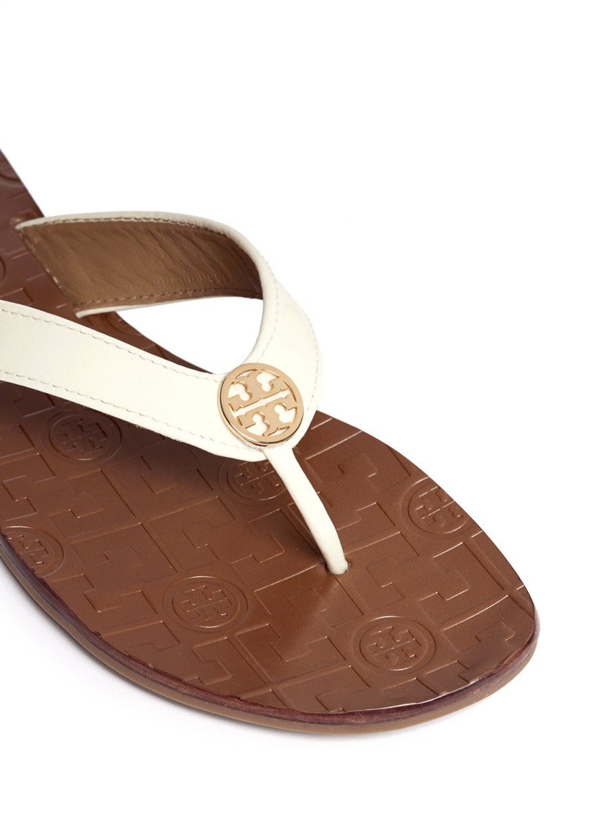 b2c60558f4a Lyst - Tory Burch Thora 2 Patent Leather Flip-flops in White