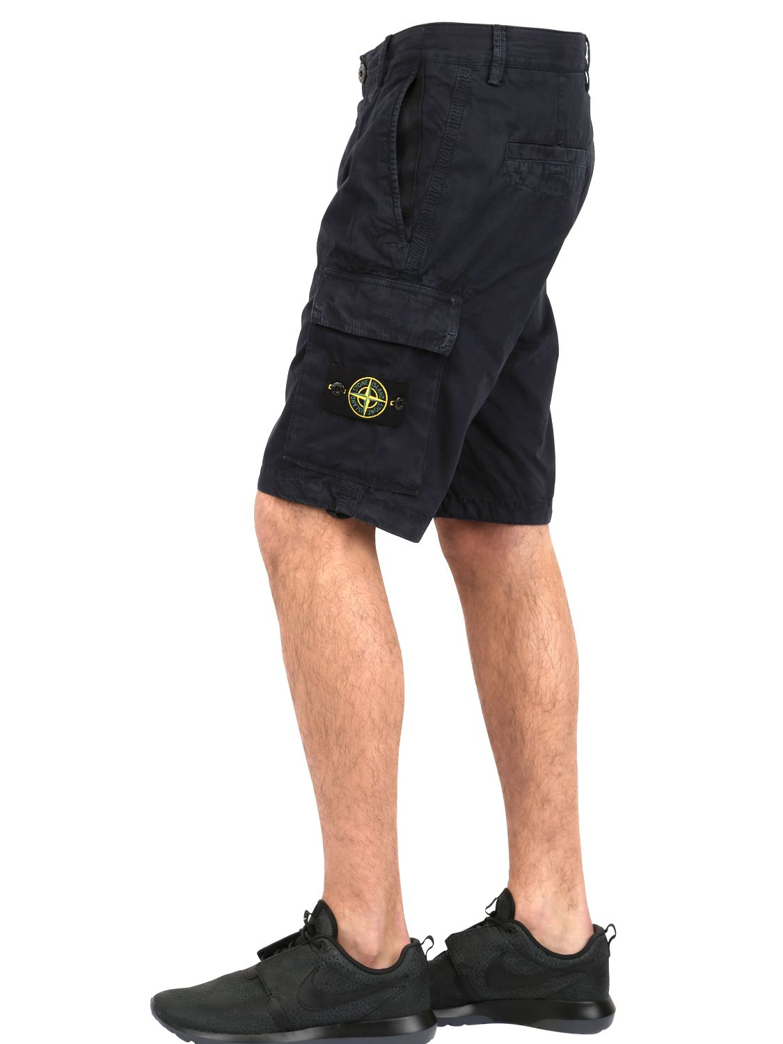 stone island cotton cargo shorts in black for men lyst