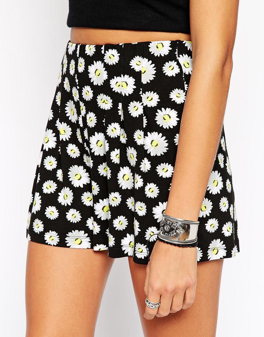 Asos High Waist Culotte Shorts In Daisy Print | Lyst