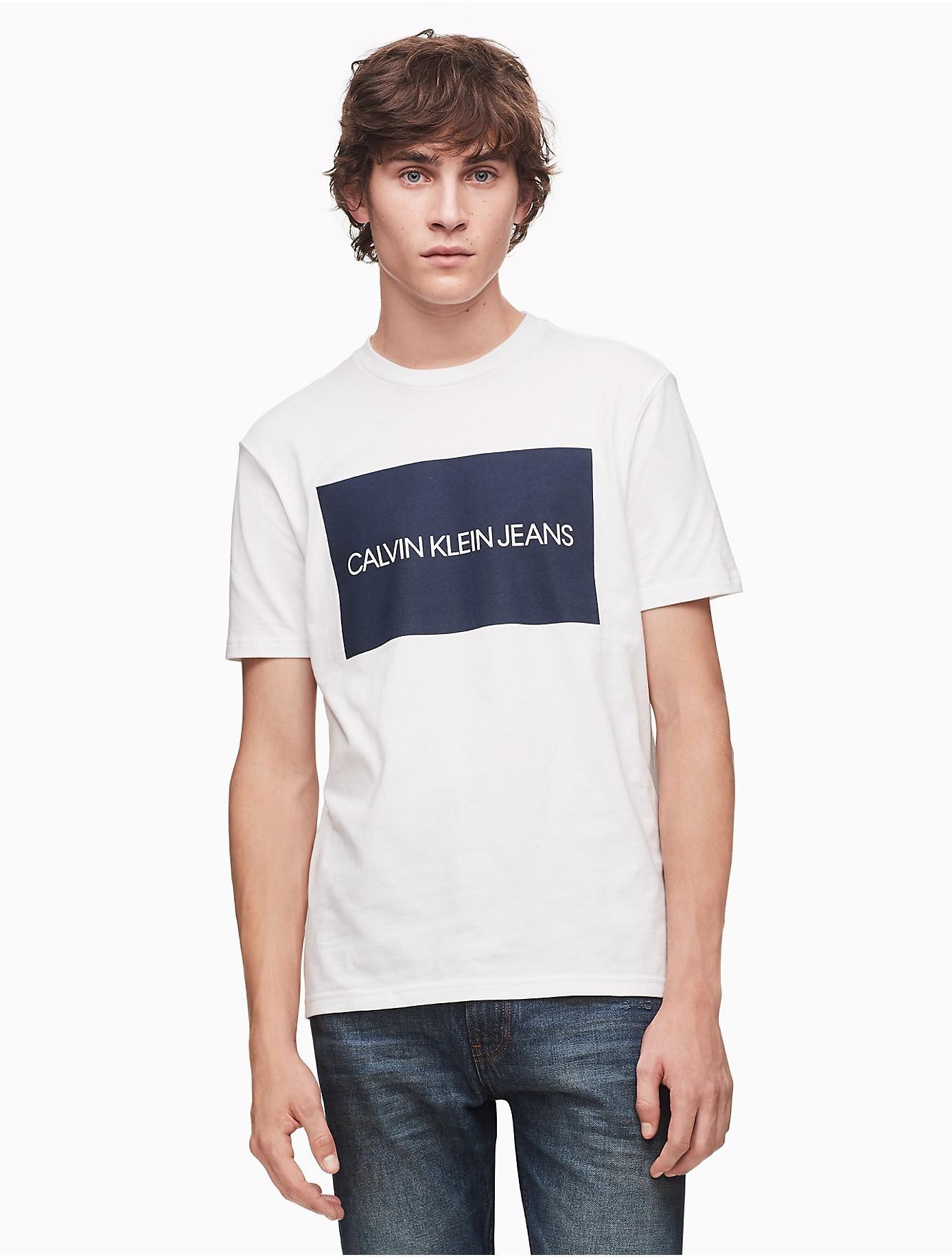 c84fedabc9e3 Lyst - Calvin Klein Slim Fit Logo Block T-shirt in White for Men