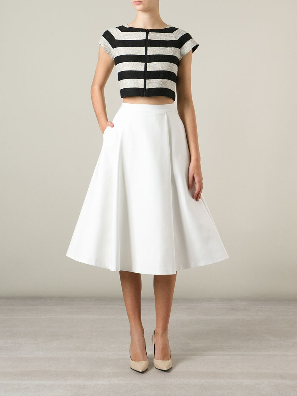 Alice   olivia Box Pleat Midi Skirt in White | Lyst