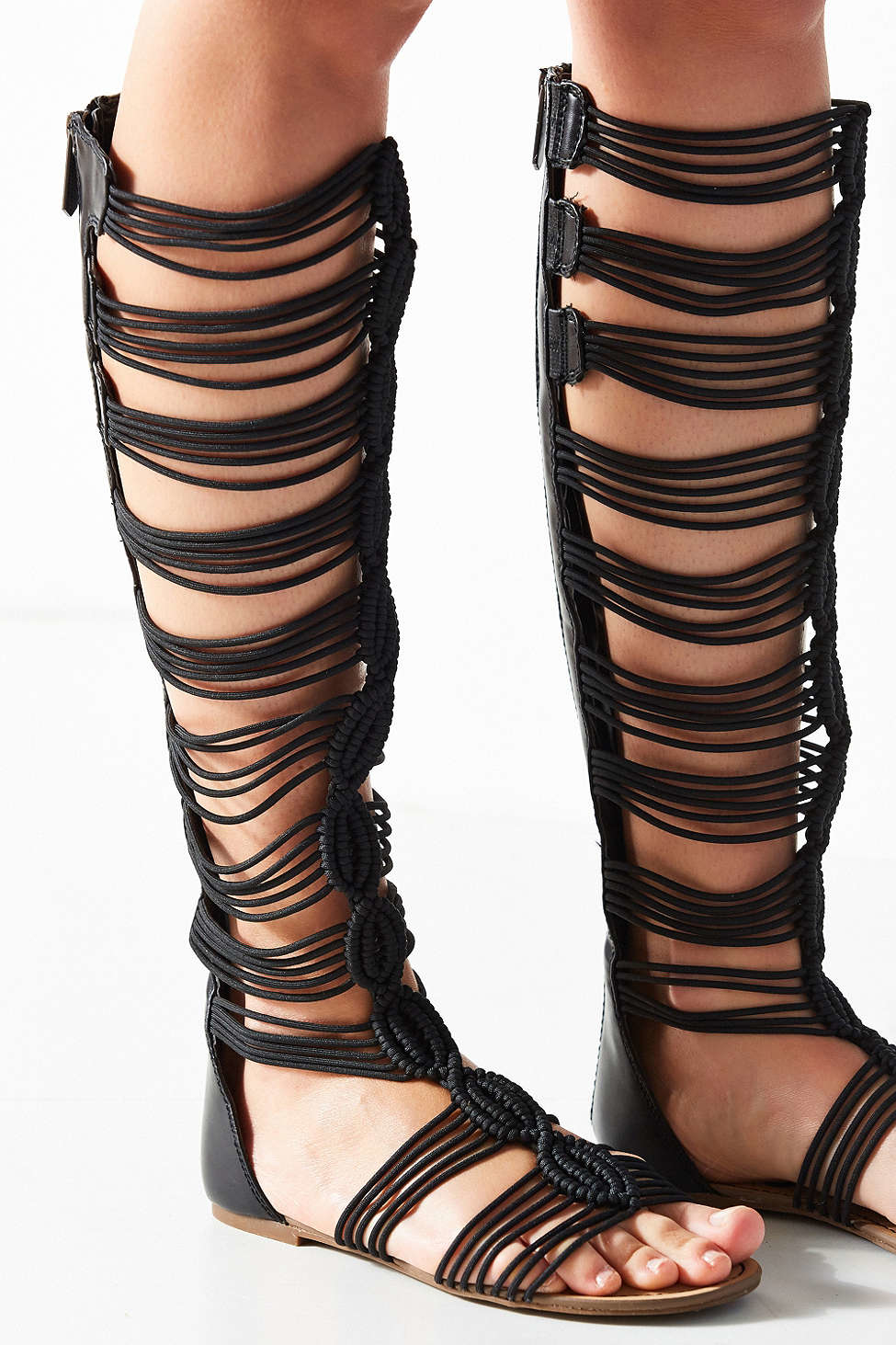 6e1d3227ab3 Circus by Sam Edelman Badger Gladiator Sandal in Black - Lyst