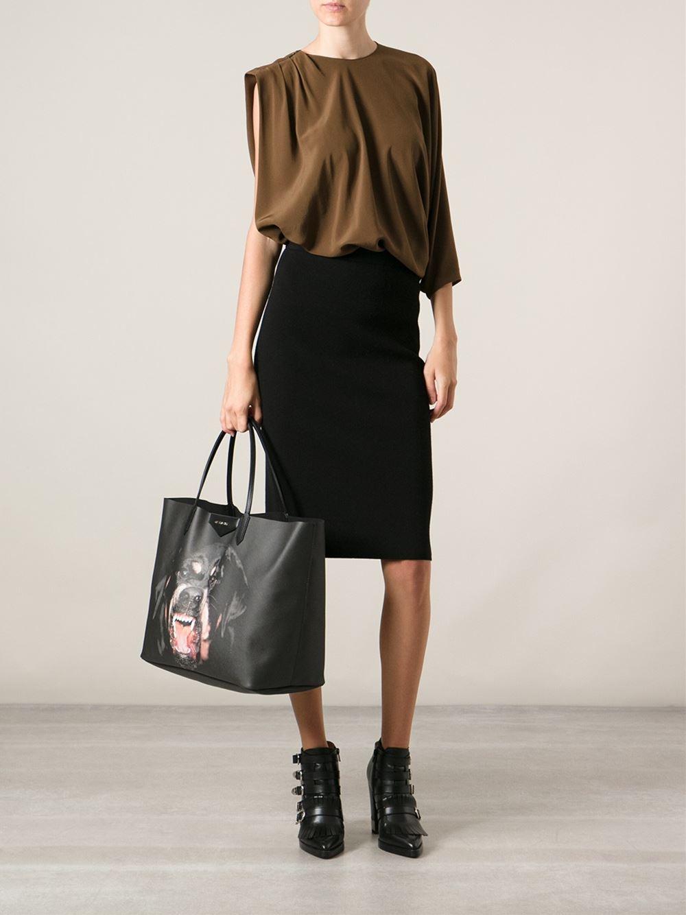 ee65e9d2526b Lyst - Givenchy Large  antigona  Shopper Tote in Black