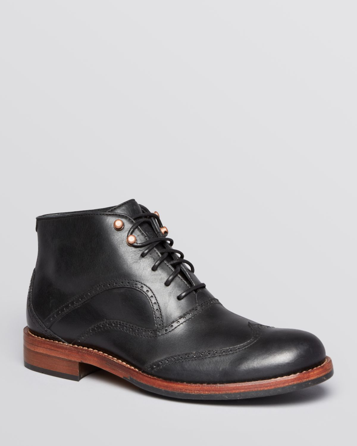 Wolverine Welsey Wingtip Chukka Boots in Black for Men | Lyst