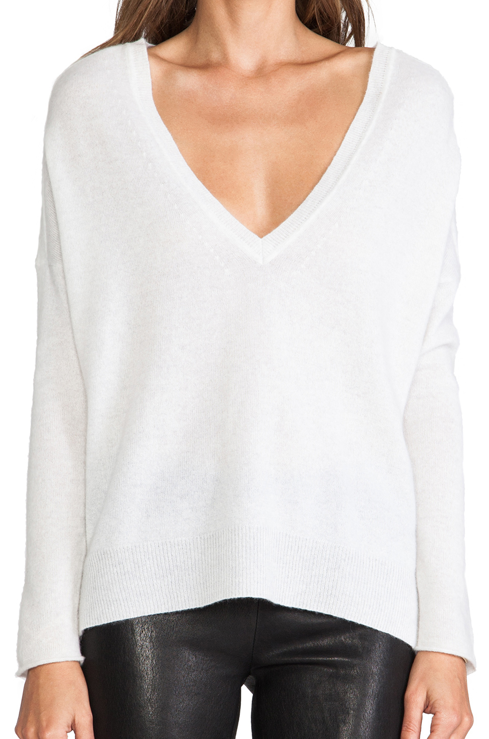 Duffy Vneck Cashmere Sweater in White | Lyst