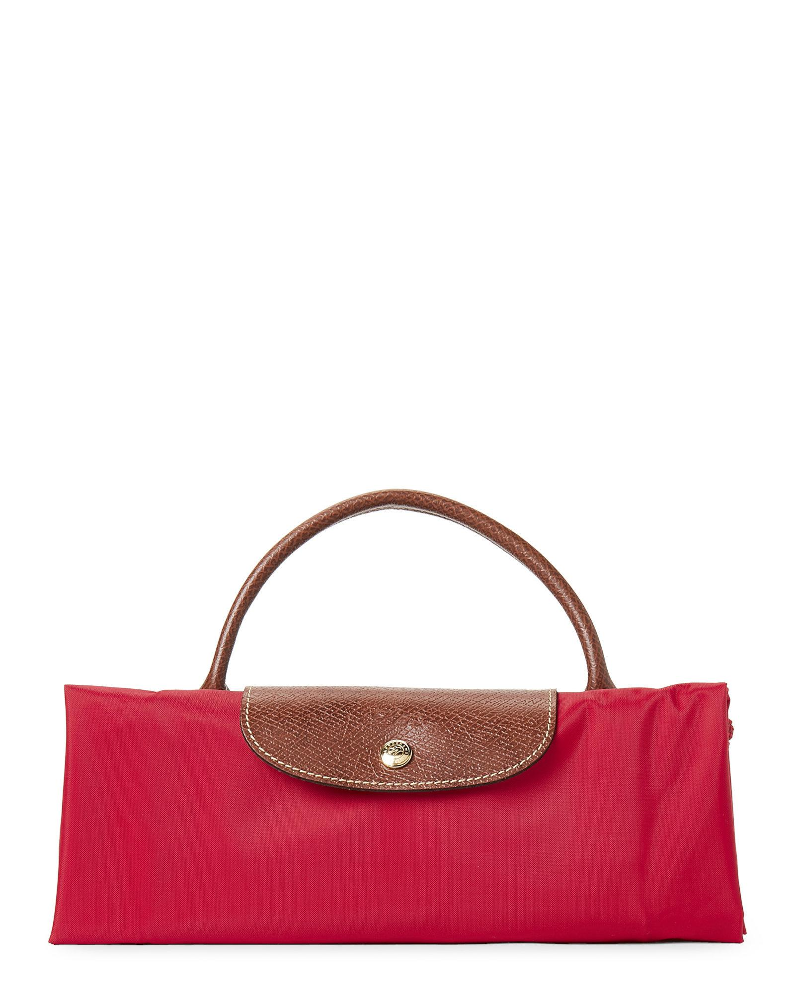 23398042e047 Lyst - Longchamp Red Garance Le Pliage Néo Medium Weekender in Red
